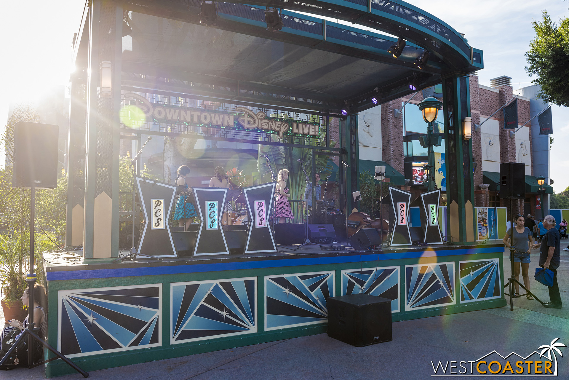 They've continued live entertainment at the stage near the ESPN Zone, Rainforest Cafe, and AMC Theaters.