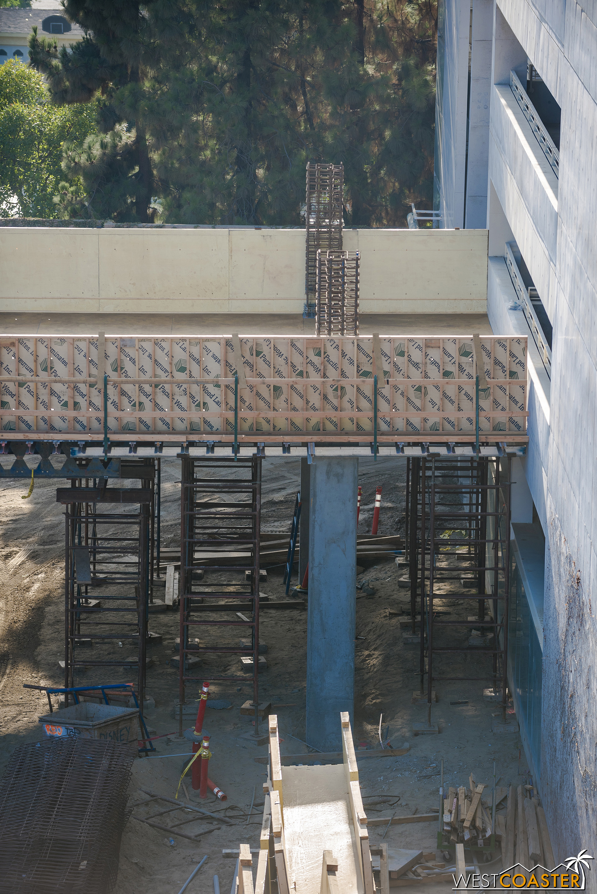 The bridge stops just short of the existing garage to allow for a seismic separation.