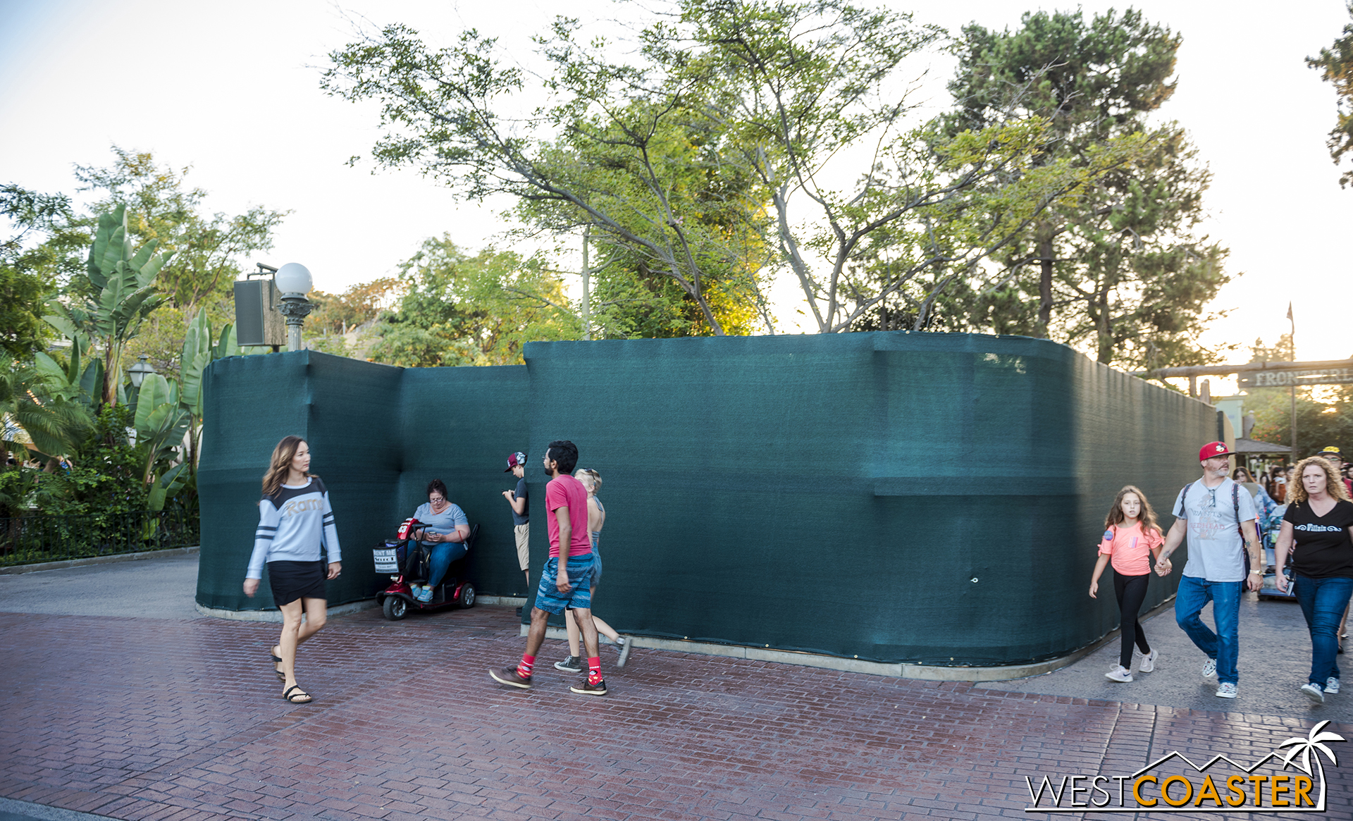 Work fencing is up around the pond between the Adventureland and Frontierland entrances.