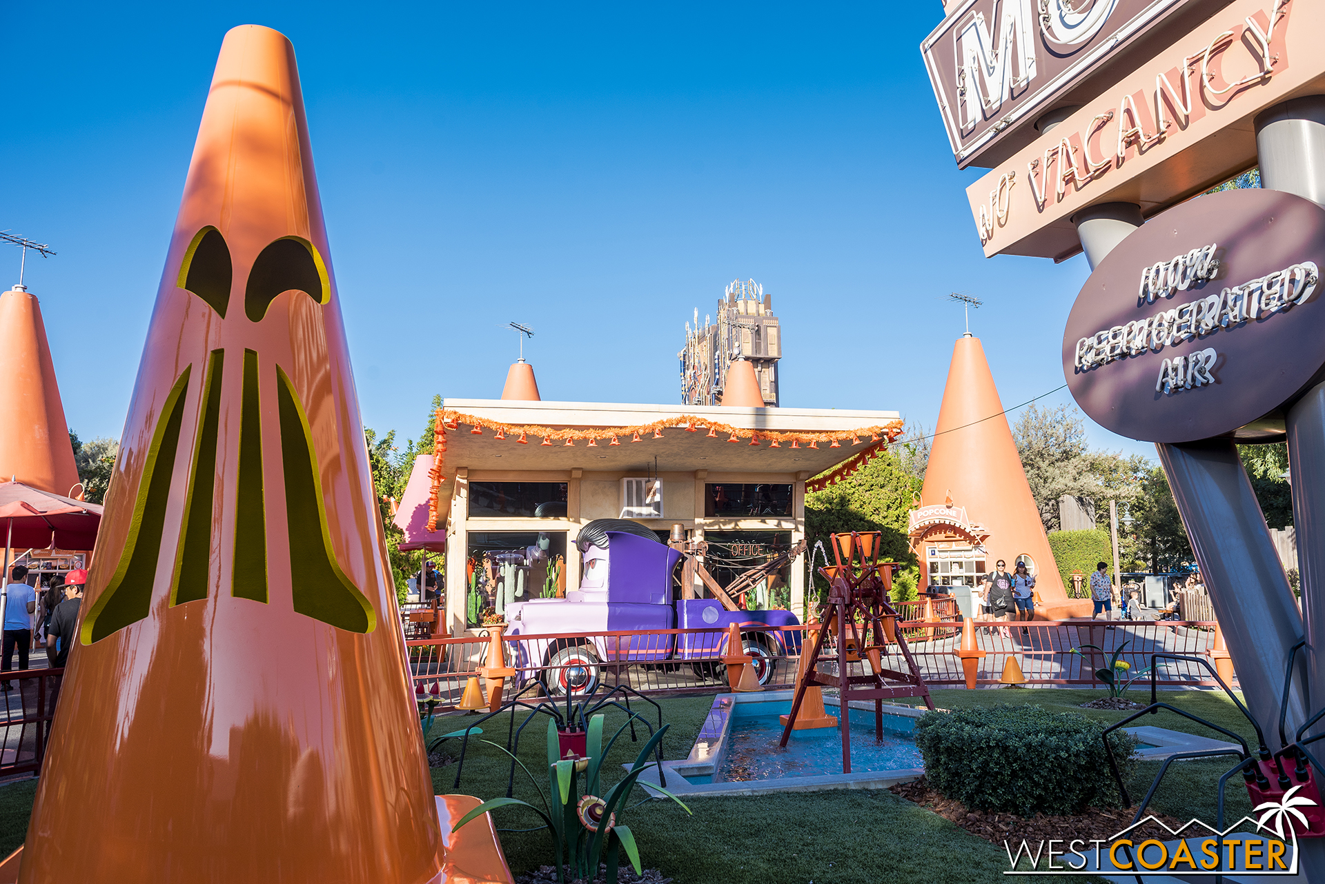 The Cozy Cone has gotten ghostly.