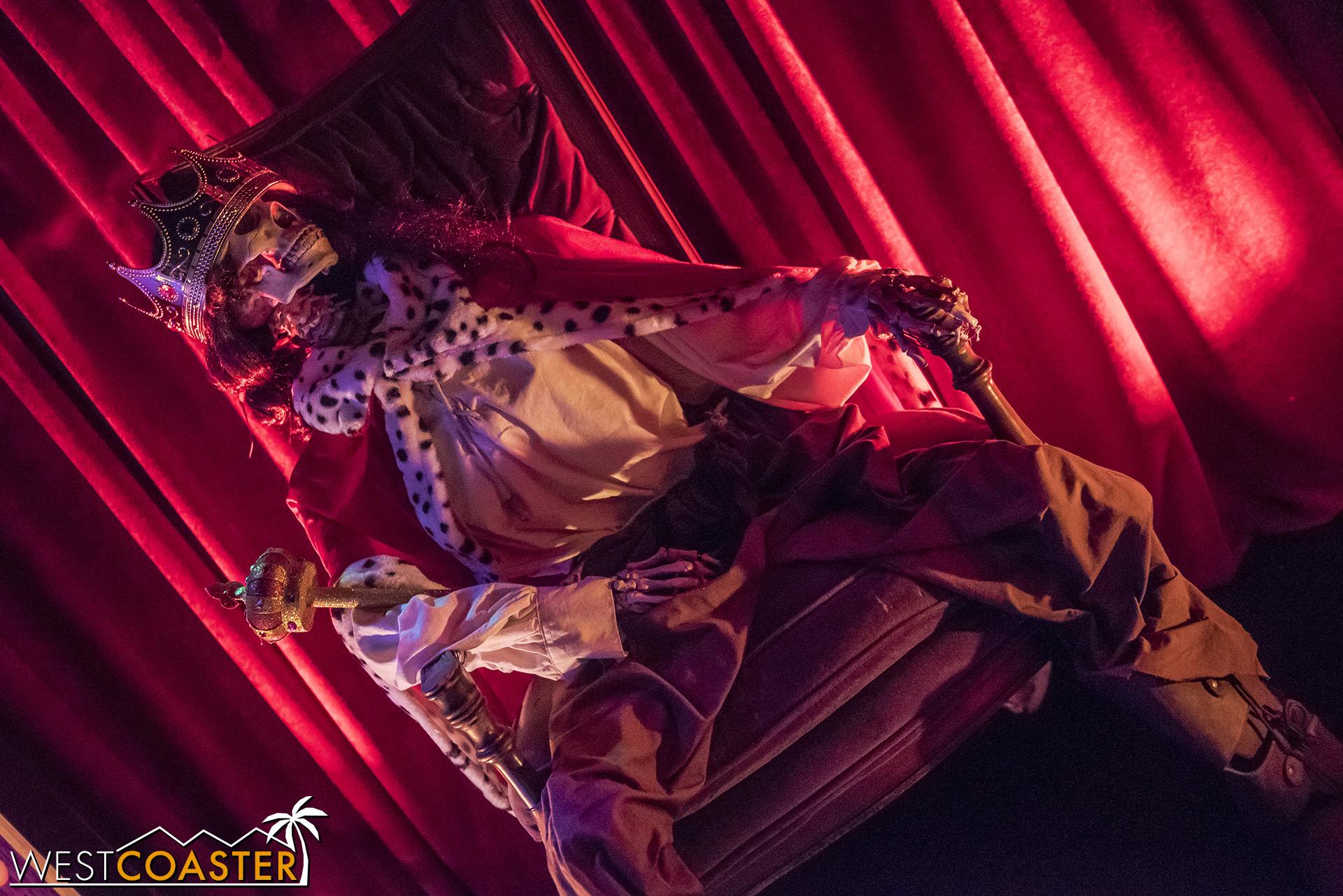 USHHHN-18_0922-D-MonsterMasquerade-0005.jpg