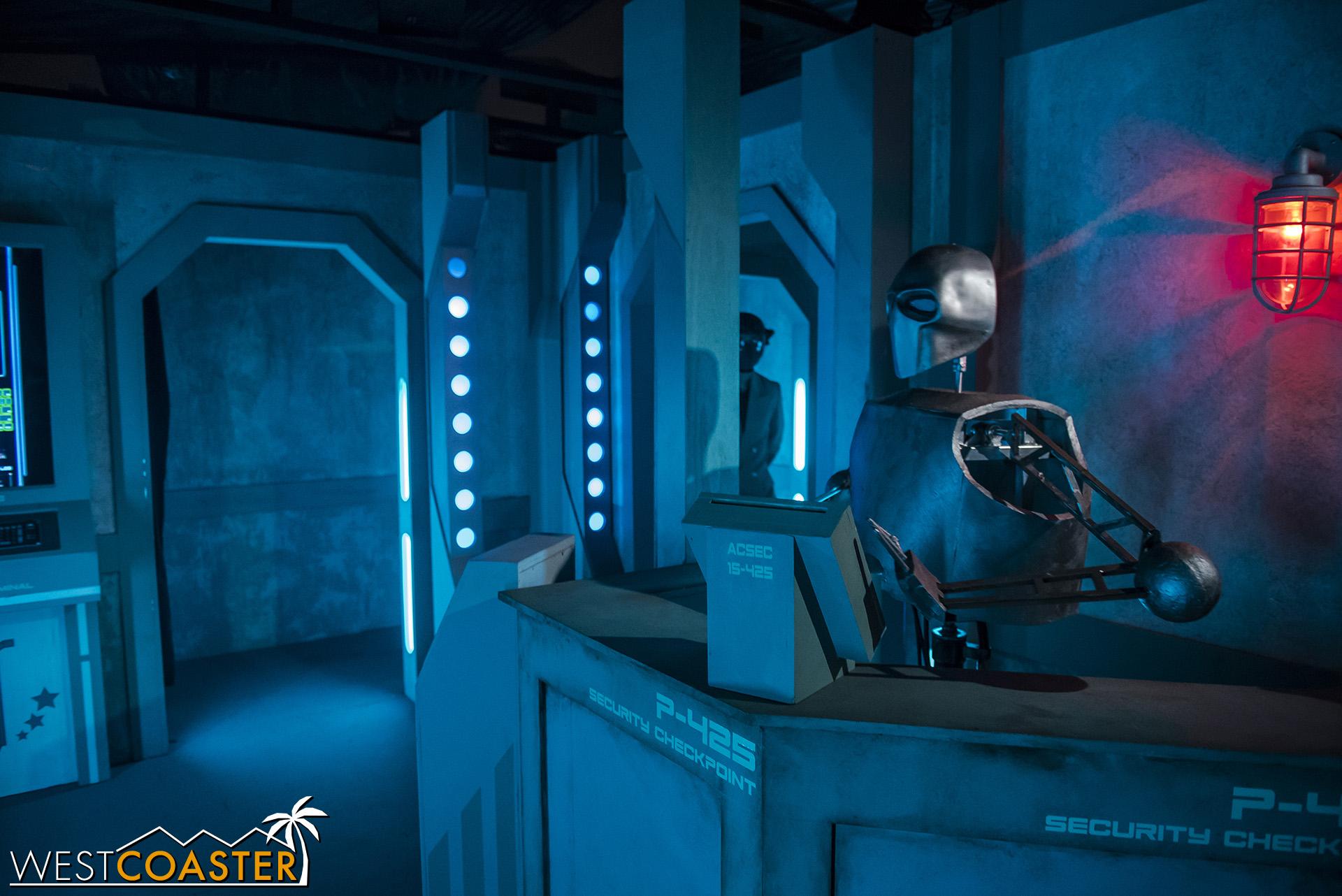 Alan Tudyk-sounding security droid, at your service.