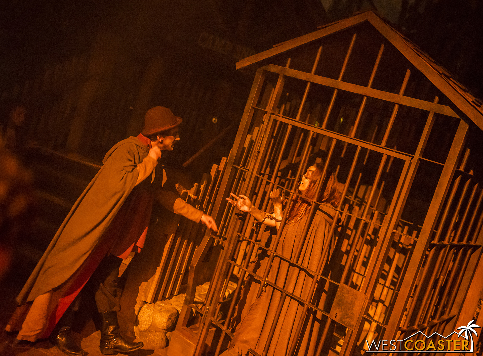 The Maiden is trapped by the Witch Hunter and his associate during one of the Hollow vignettes during the night.