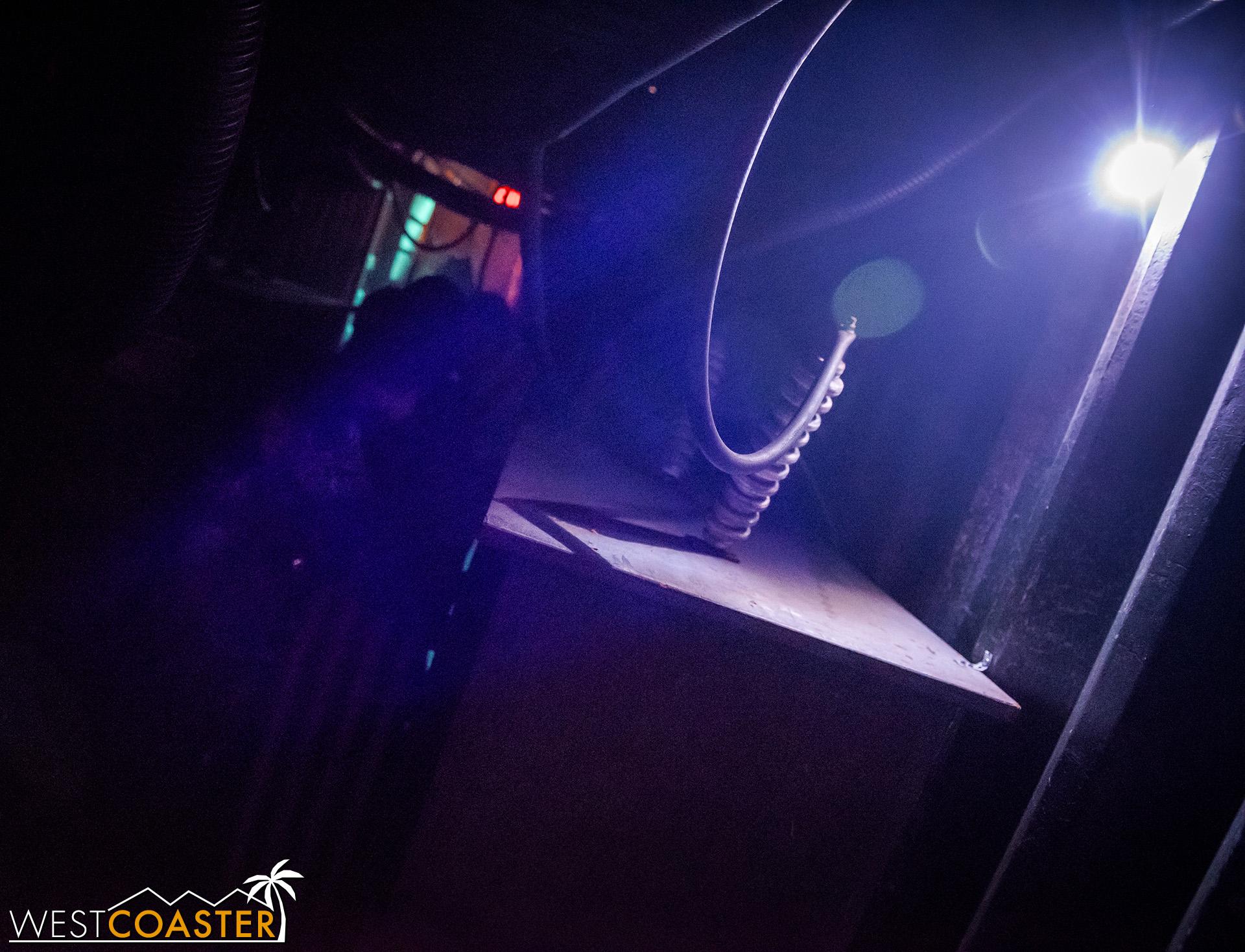 DarkHarbor-18_1002-B-Deadrise-0003.jpg