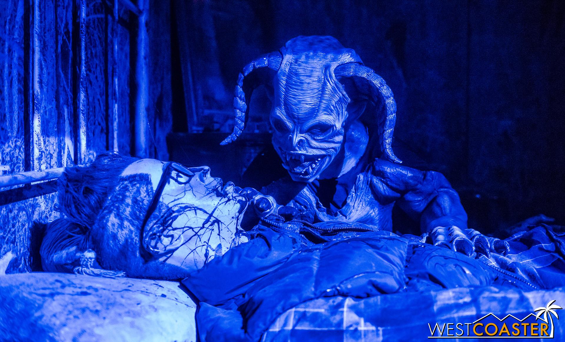 HorrorWorld-18_1017-B-IntoTheBlack-0005.jpg