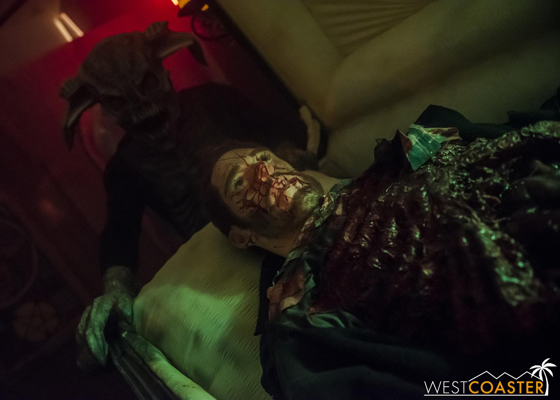 HorrorWorld-18_1017-B-IntoTheBlack-0009.jpg