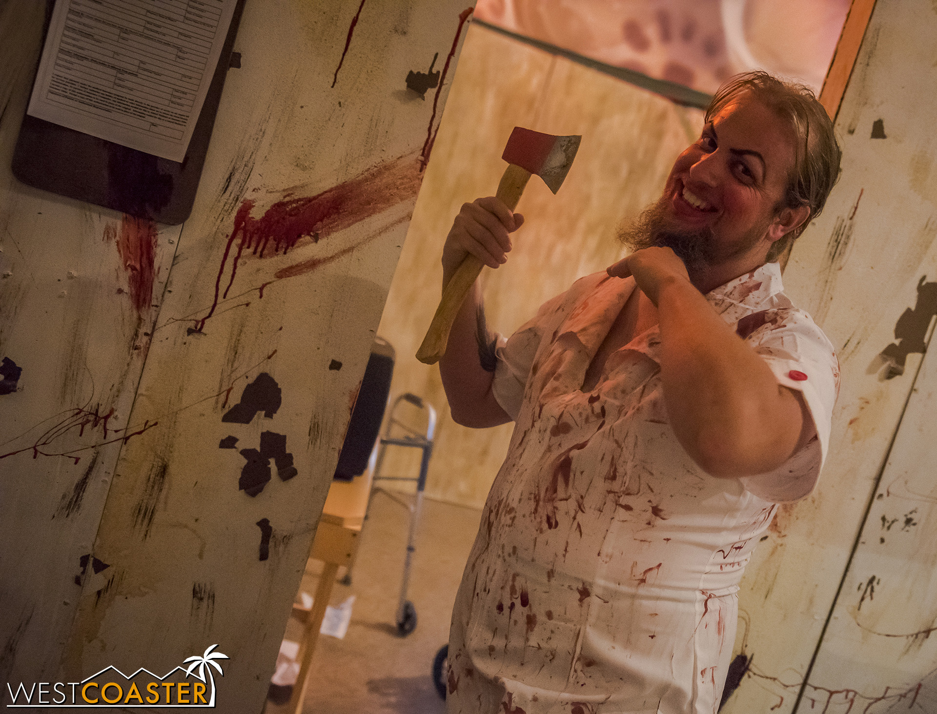 HorrorWorld-18_1017-C-PsychoSanitarium-0002.jpg
