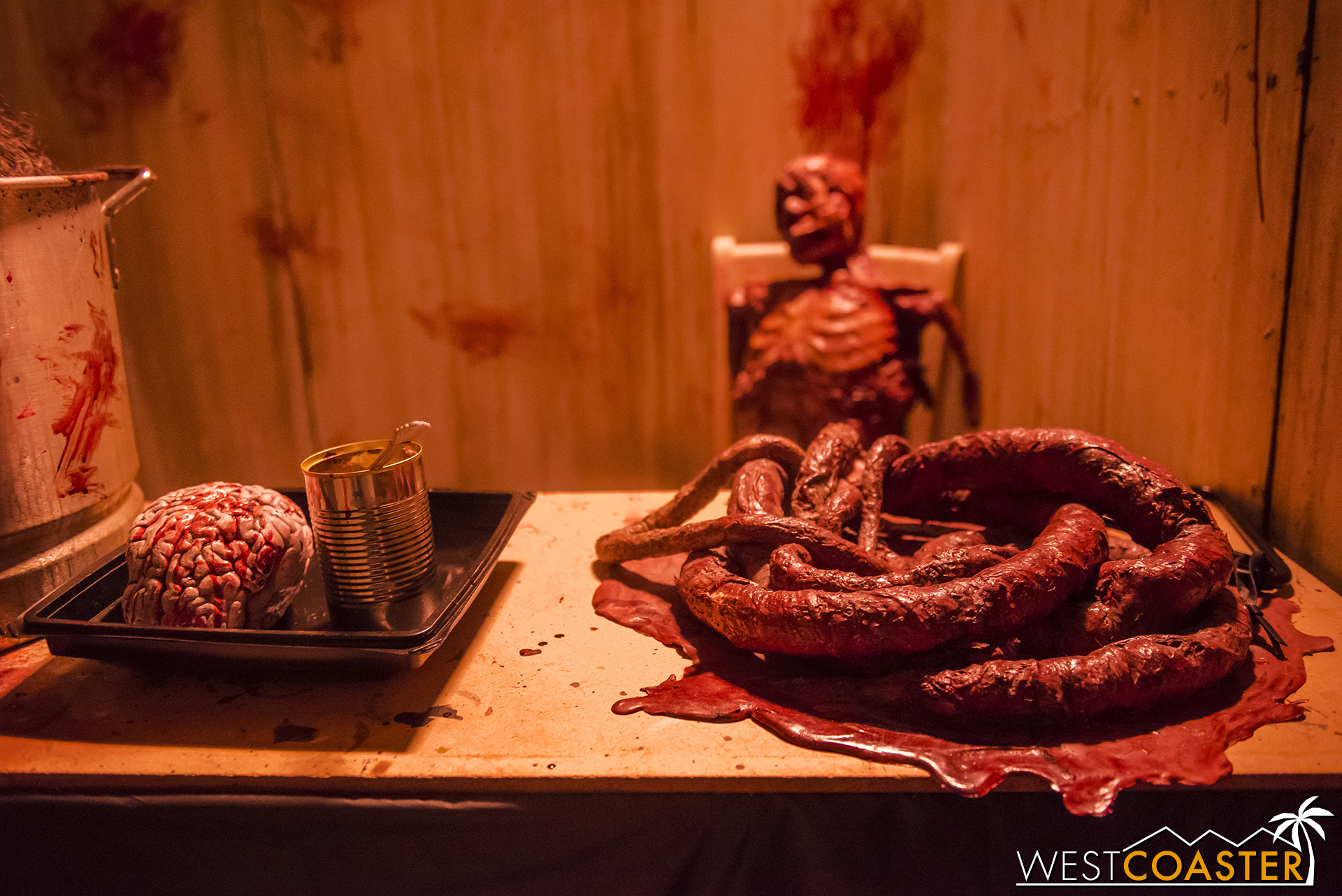 HorrorWorld-18_1017-C-PsychoSanitarium-0009.jpg