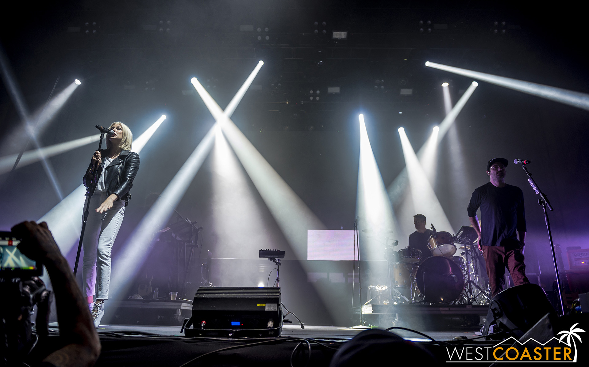 Brooklyn-based Phantogram took the stage in the early evening hours.
