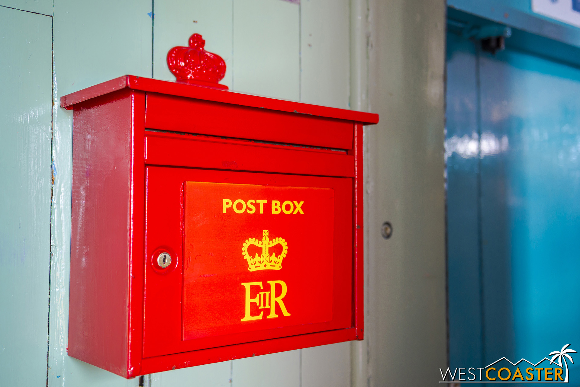Yes, this is a functional post box. Port Lockroy processes 70,000 pieces of mail each year from Antarctic tourists.
