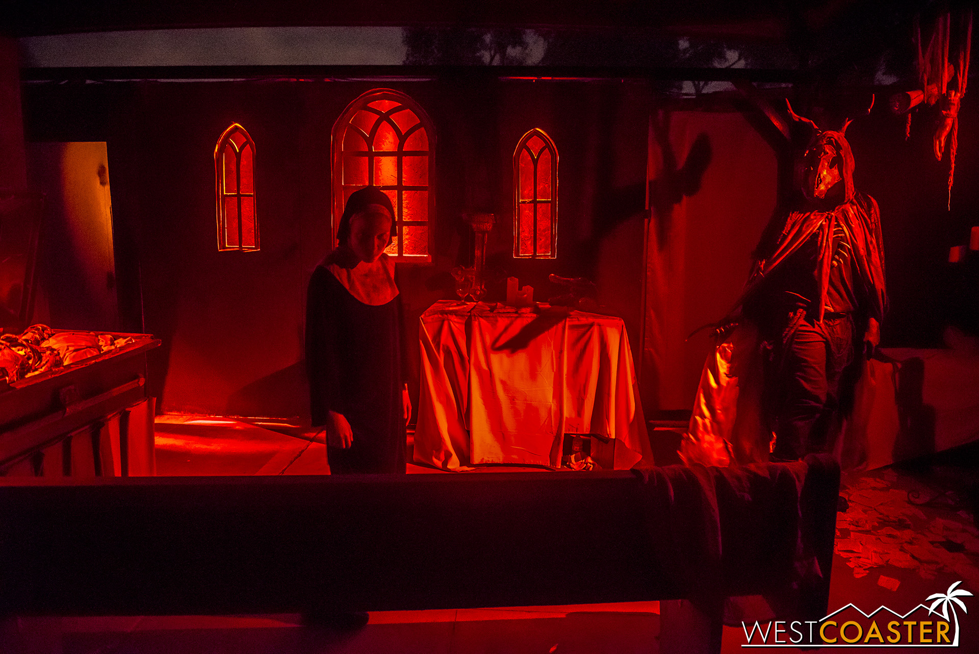 This spooky chapel featured a highly theatrical scene with synchronized lighting and actions.  It was one of the best moments of the entire event.