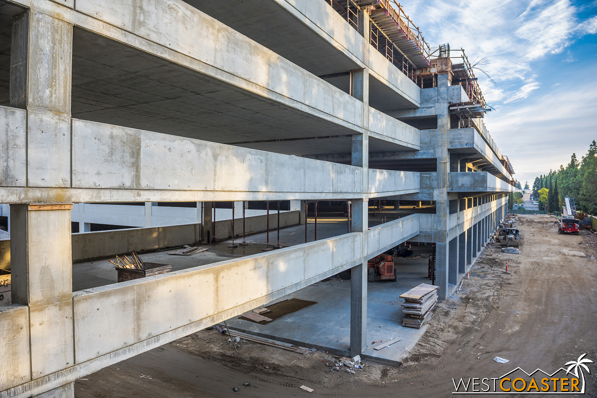 Looking out, we see this.  The west connector between old and new structure has progressed to the sixth floor.