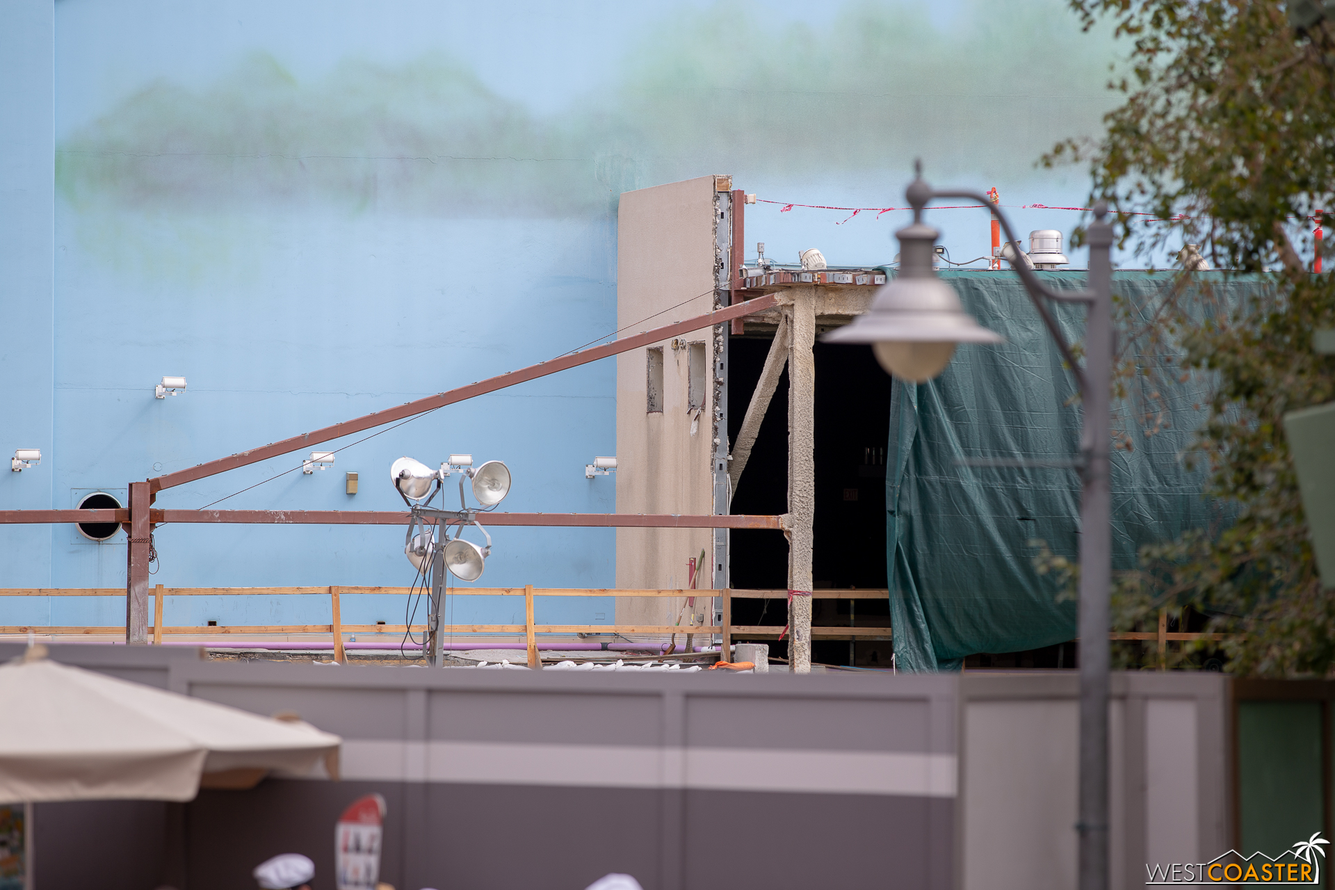 Westcoaster Disneyland Update 2-19-54.jpg