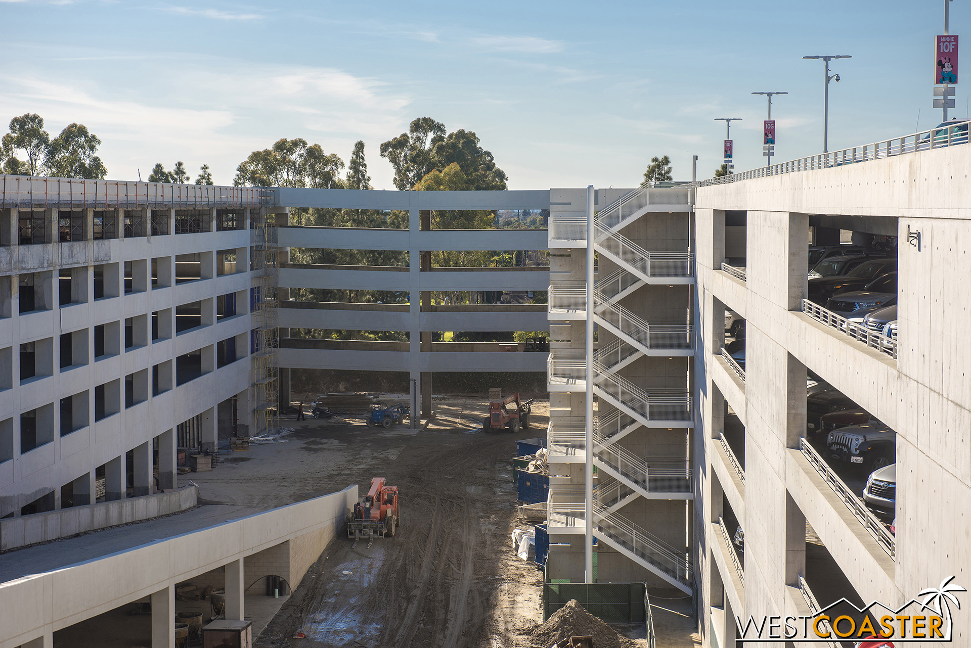 Six floors of expanded parking capacity right here!  The rear bridge will allow drivers in the current Mickey and Friends structure to drive across into the expansion.  The other bridge allows them to come back and eventually exit the structure down to Disneyland Drive.