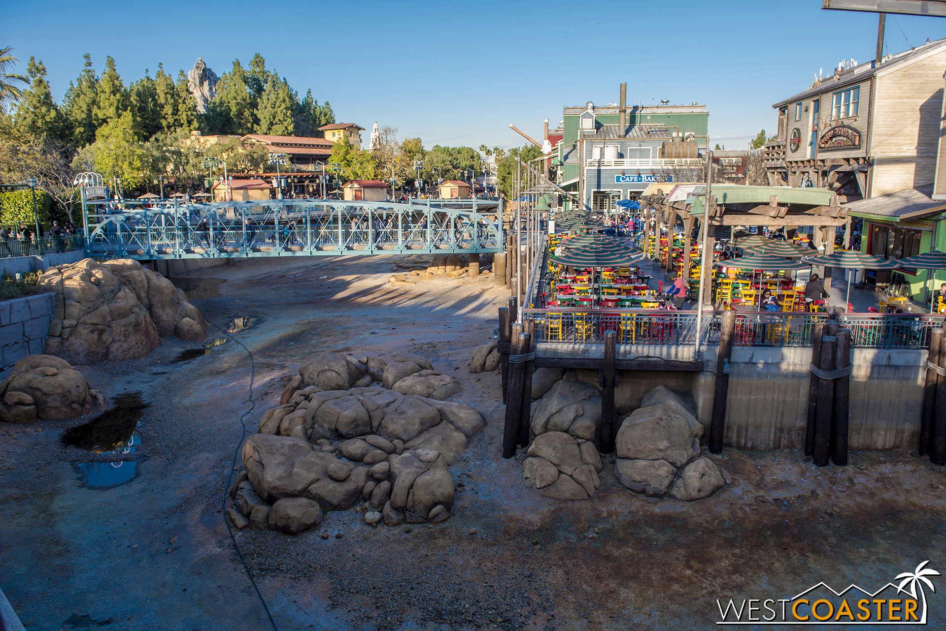 Normally, when they drain Grizzly River Run for its refurb, the water goes into this overflow in Pacific Wharf, but that's been drained too!