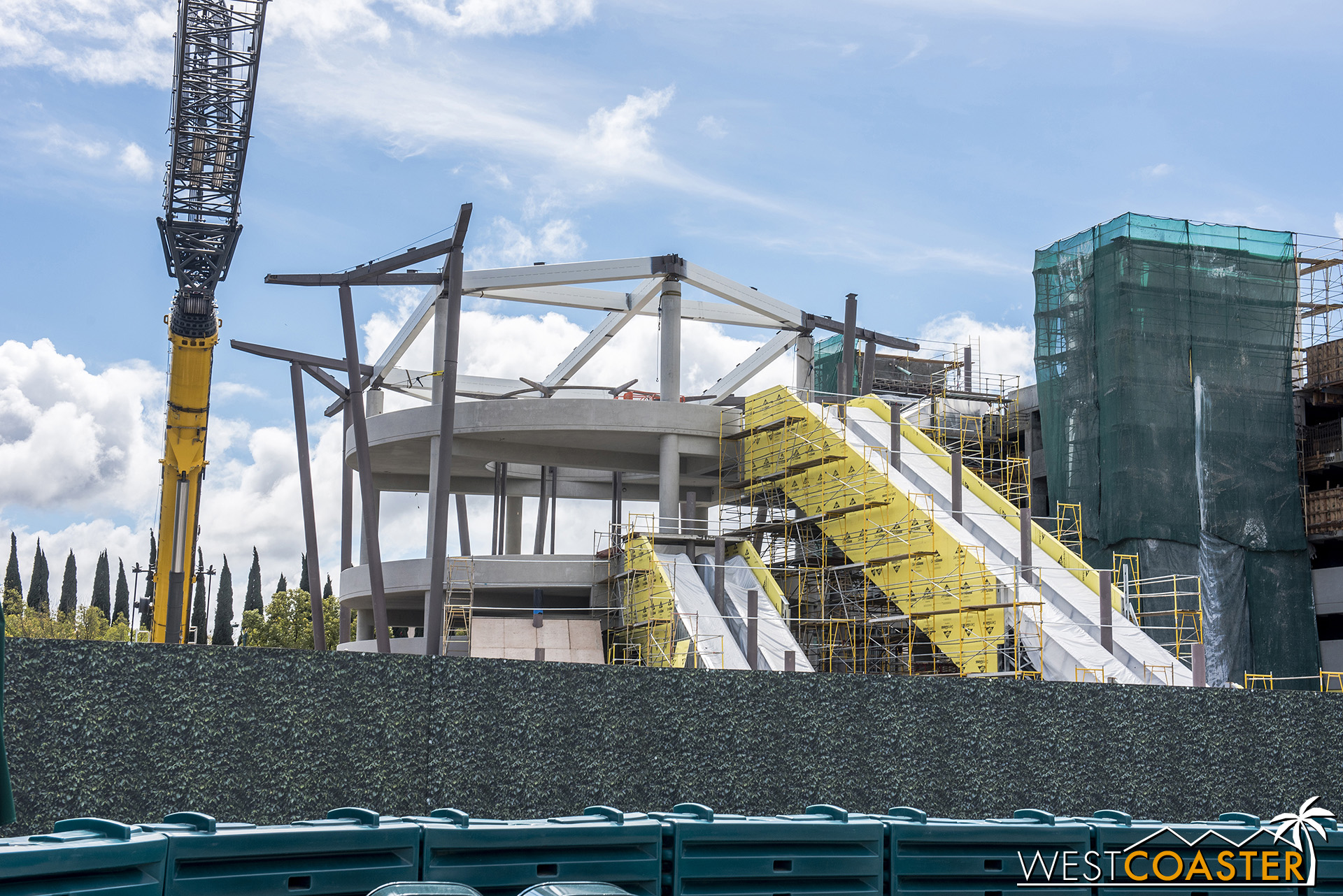 Here's the escalator promenade from ground level.