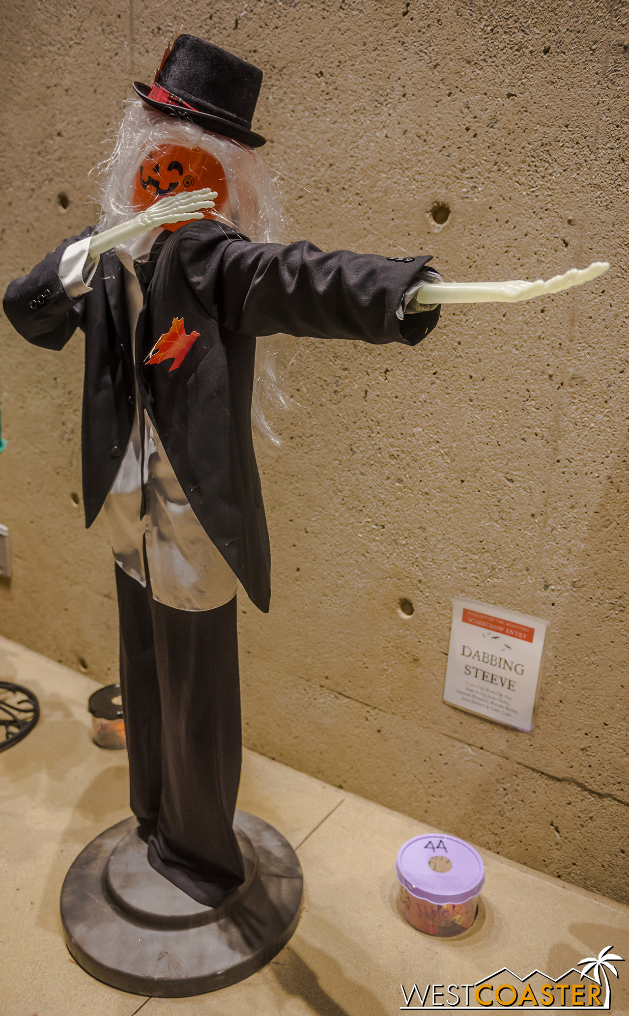 PageantOfMonsters-19_0329-B-Scarecrows-0004.jpg