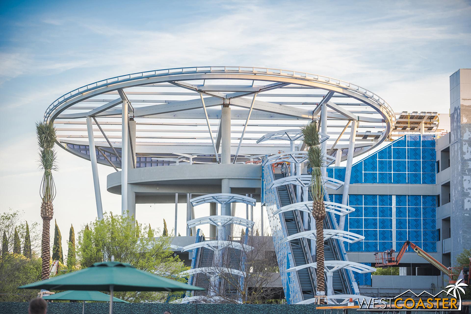Here's the escalator promenade.