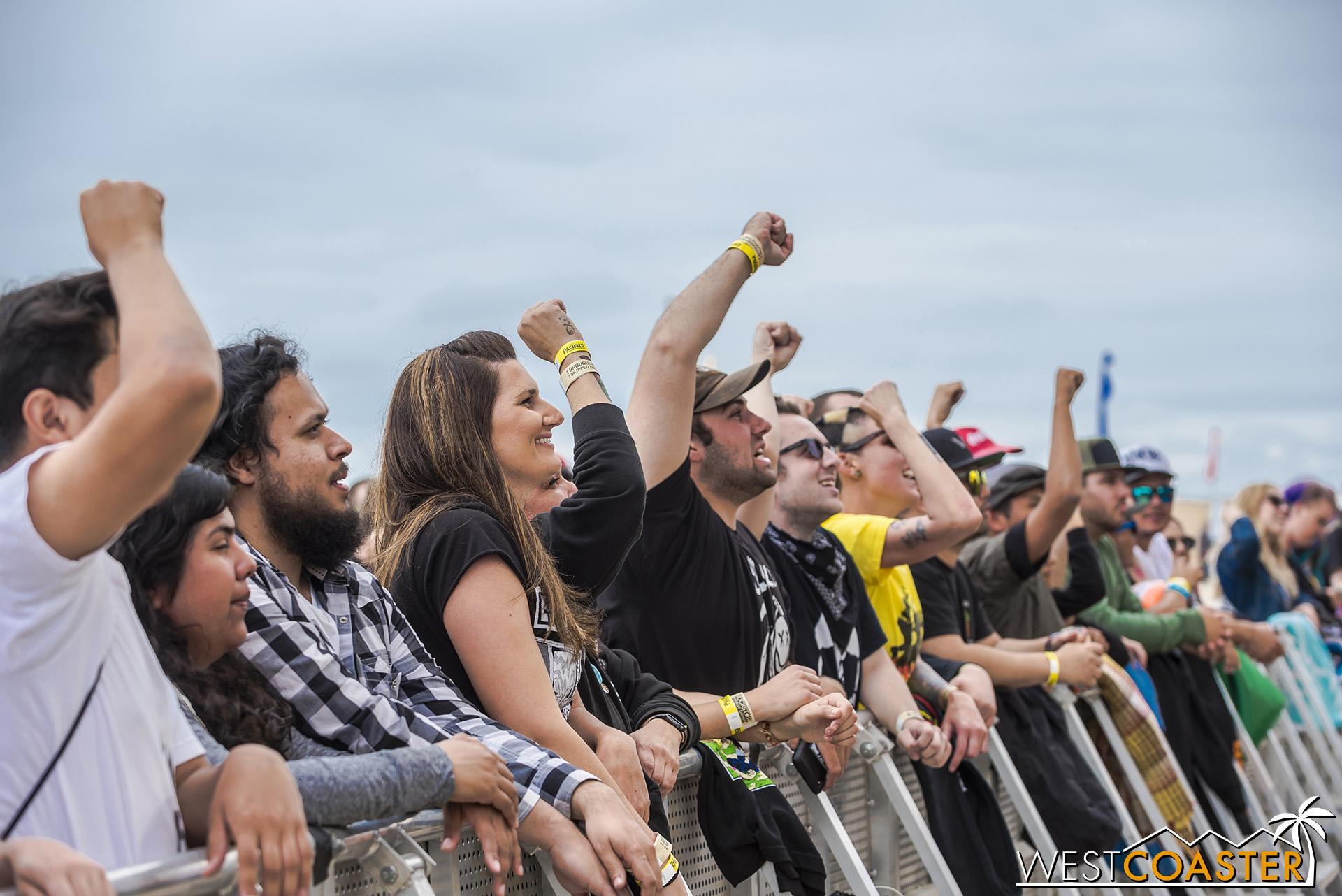 The barrier crowd, full of energy all day.