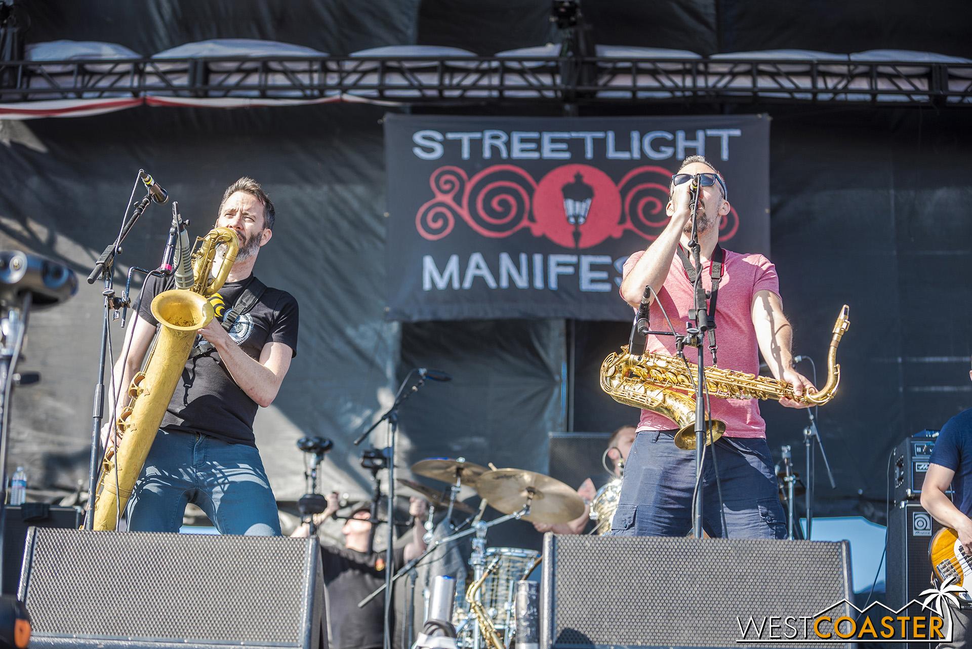 Sat05-StreetlightManifesto-0024.jpg