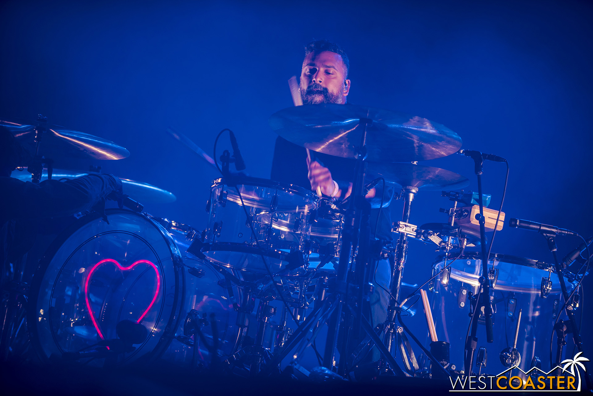 Thomas Hedlund on drums for Phoenix.