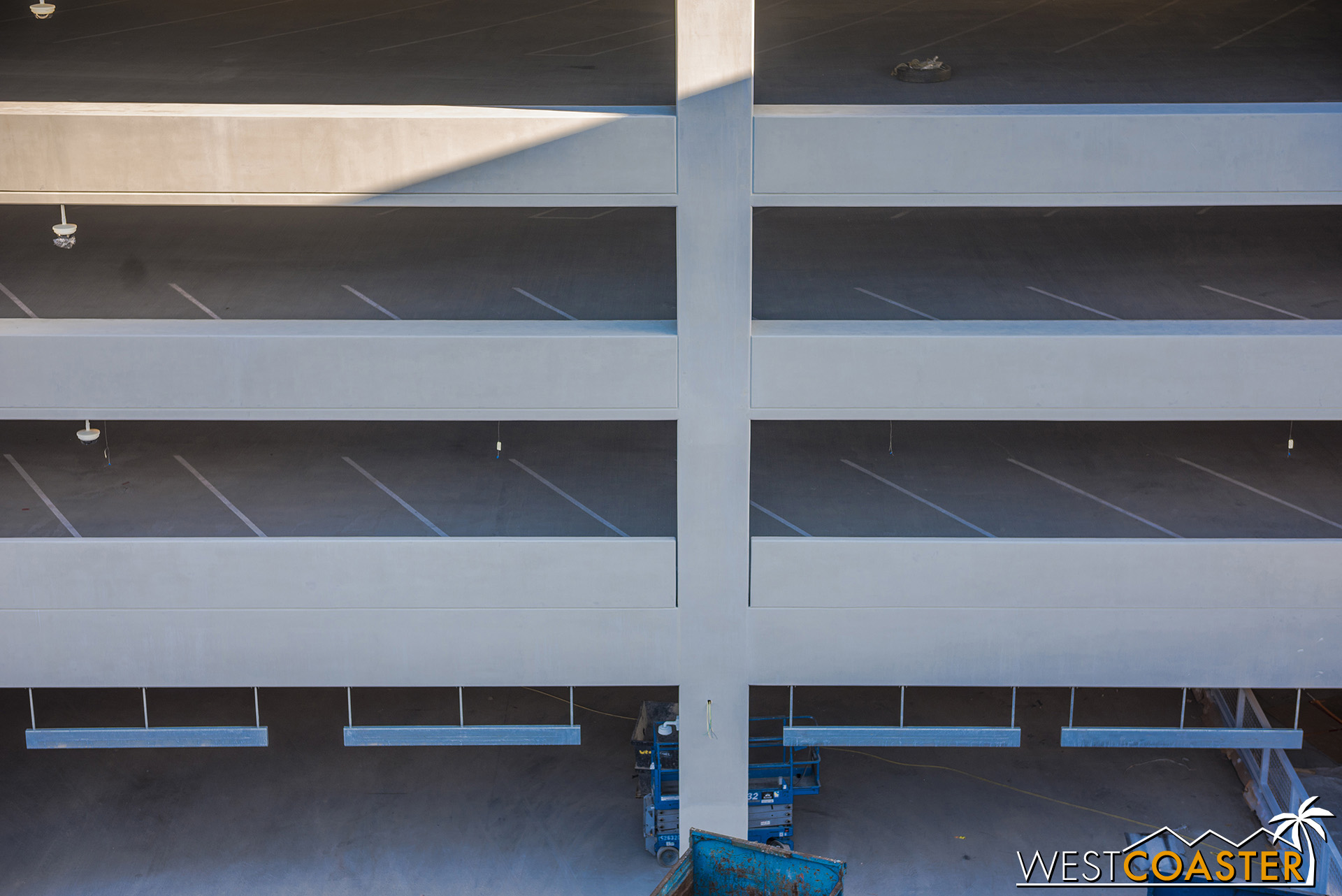 The orientation of the parking aisles looks to be the same in Pixar Pals as it is in Mickey and Friends.