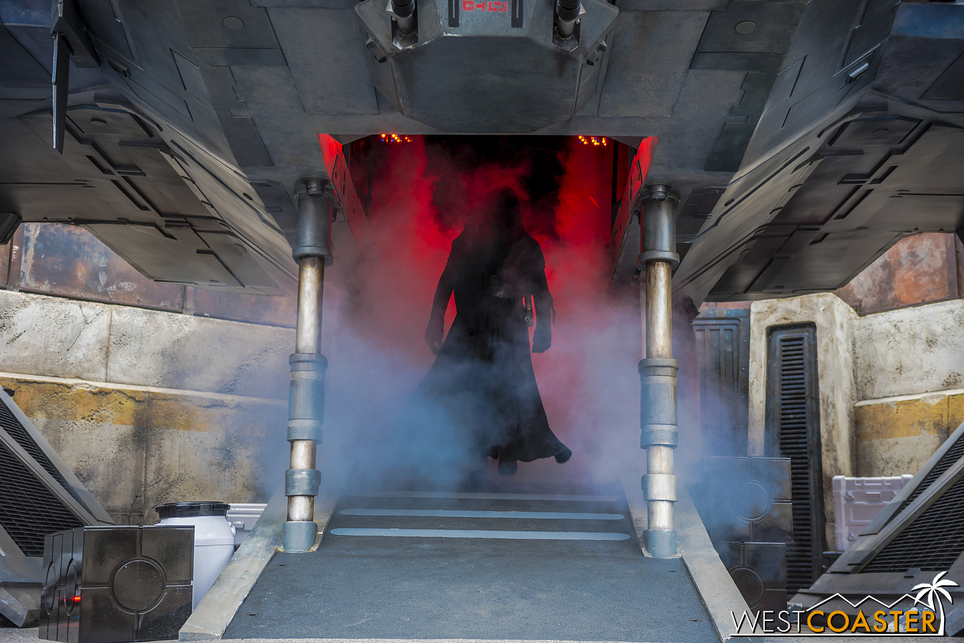Kylo Ren enters his TIE Echelon at the conclusion of one of the mini-shows.