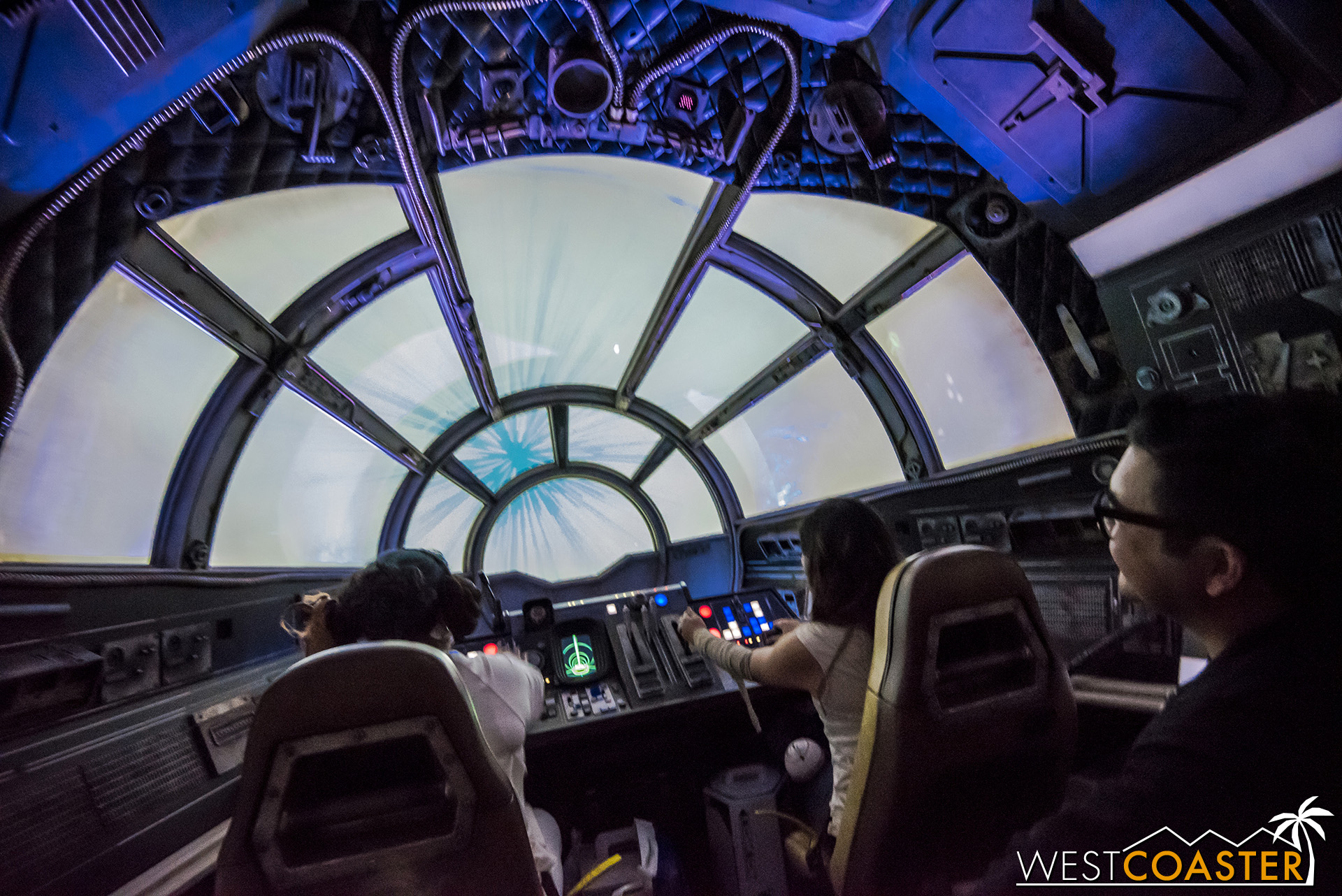 DLR-19_0606-D-Cockpit-0005.jpg