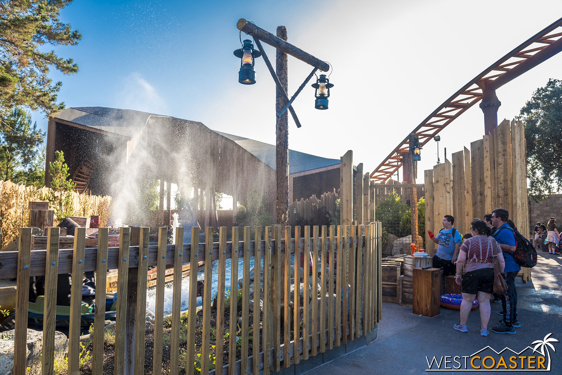 Guests along the outside control the blasts, and the experience is free to play.  But beware—sometimes, the system backfires, and the bystanders are the ones who are sprayed!