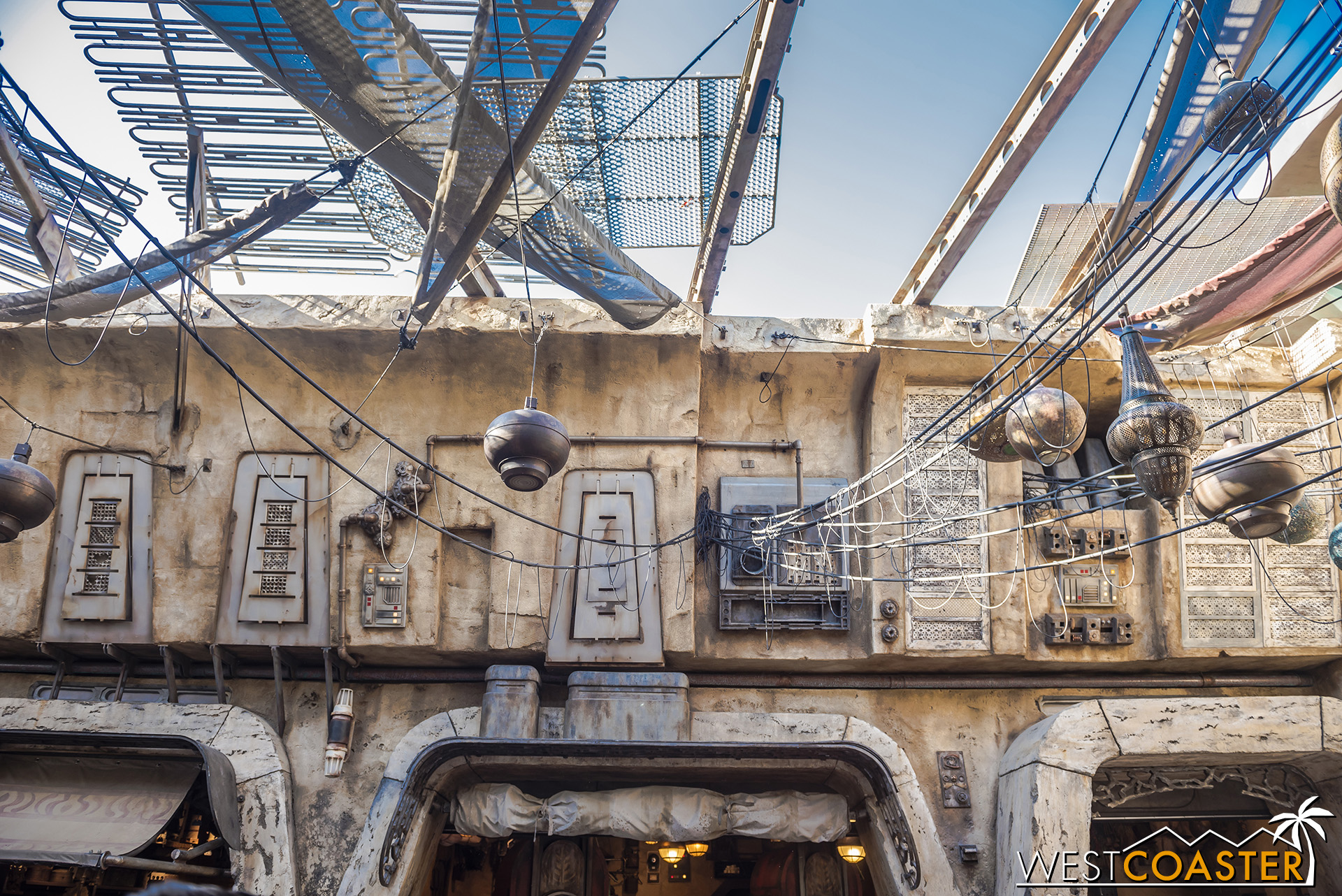 The Imagineers did a great job of capturing that inspiration and translating it to an intergalactic architectural language.