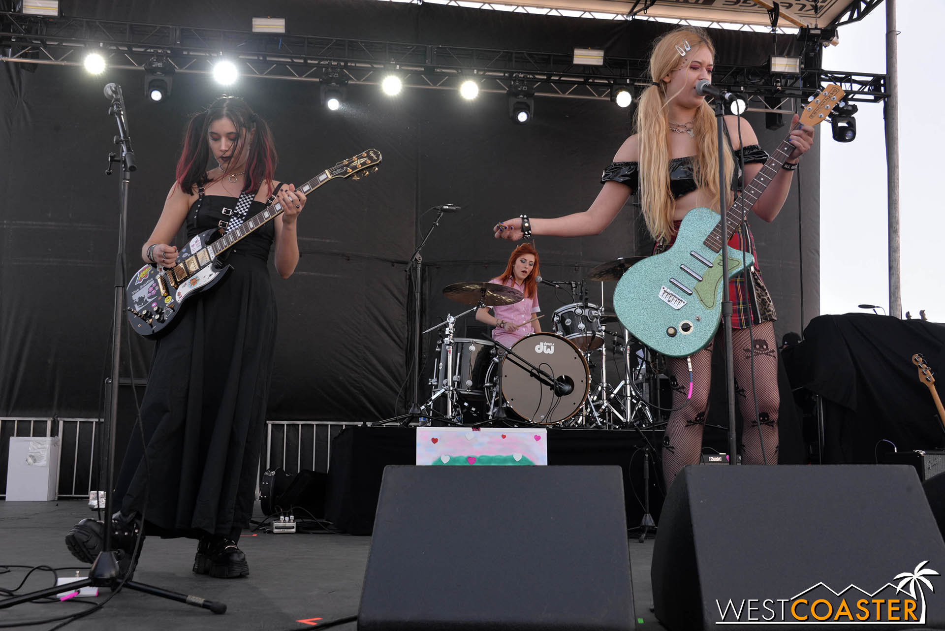 Aquadolls performing at GnarlyTown Festival.