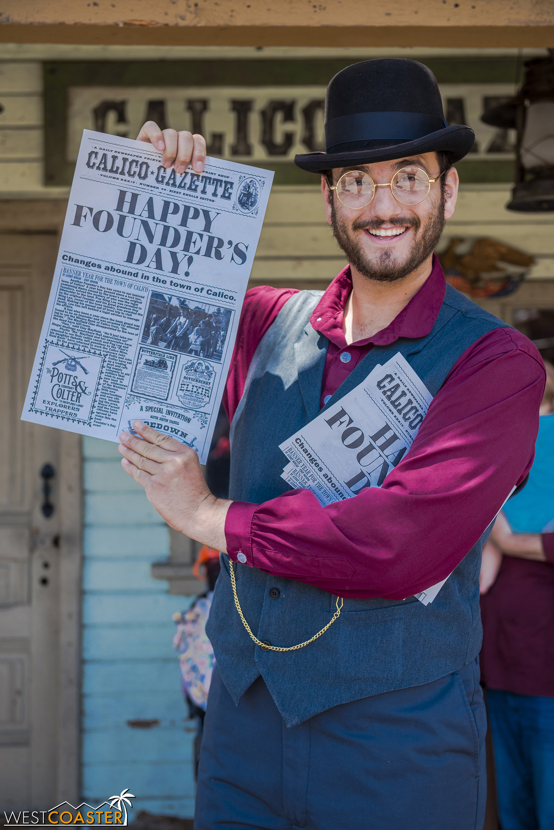 Bixby Knolls shows off the latest edition of the  Calico Gazette .