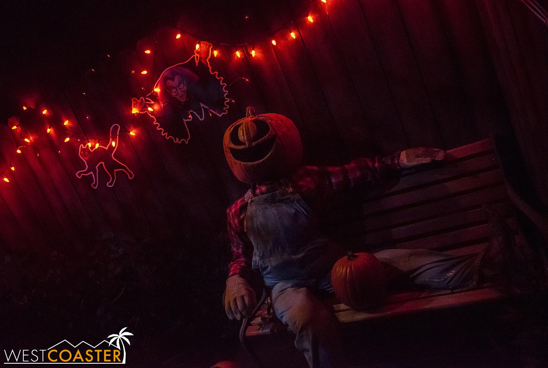 USHHHN-19_0726-M1-Halloween4-0008.jpg
