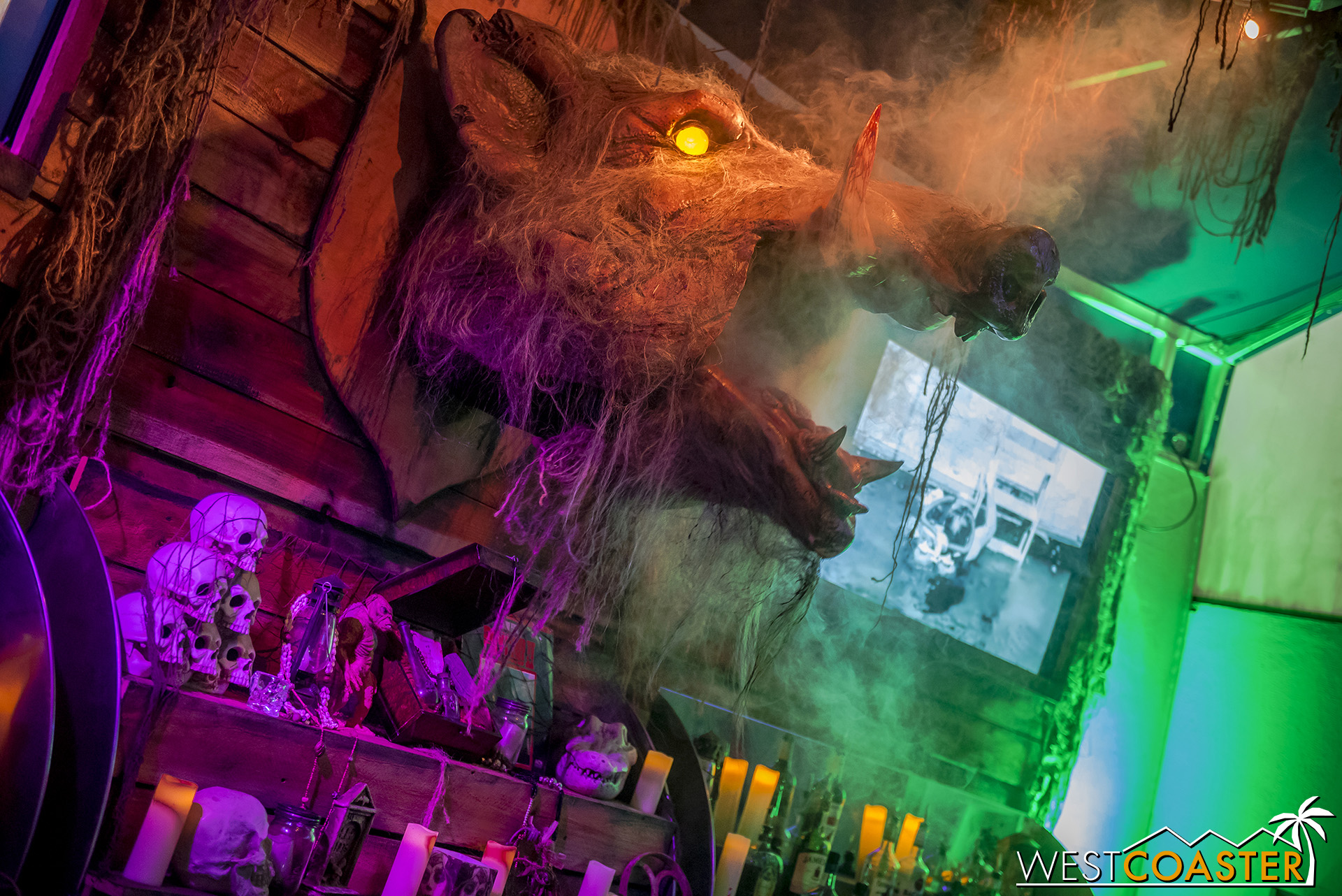 A roaring boar (coaster name coming soon to a Six Flags parks near you?) is one of various special effects triggered by ordering certain drinks.