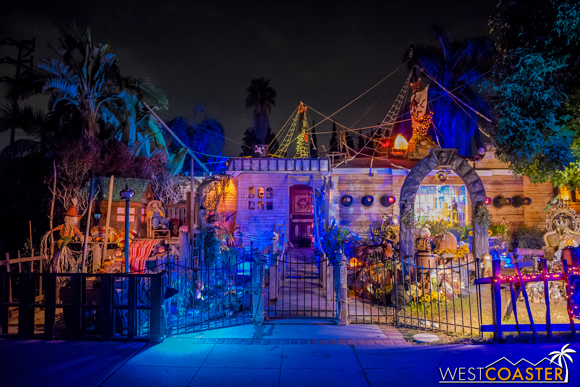 This incredible Pirates of the Caribbean yard display transformed the house at Holidays Fantasies Come to Life!