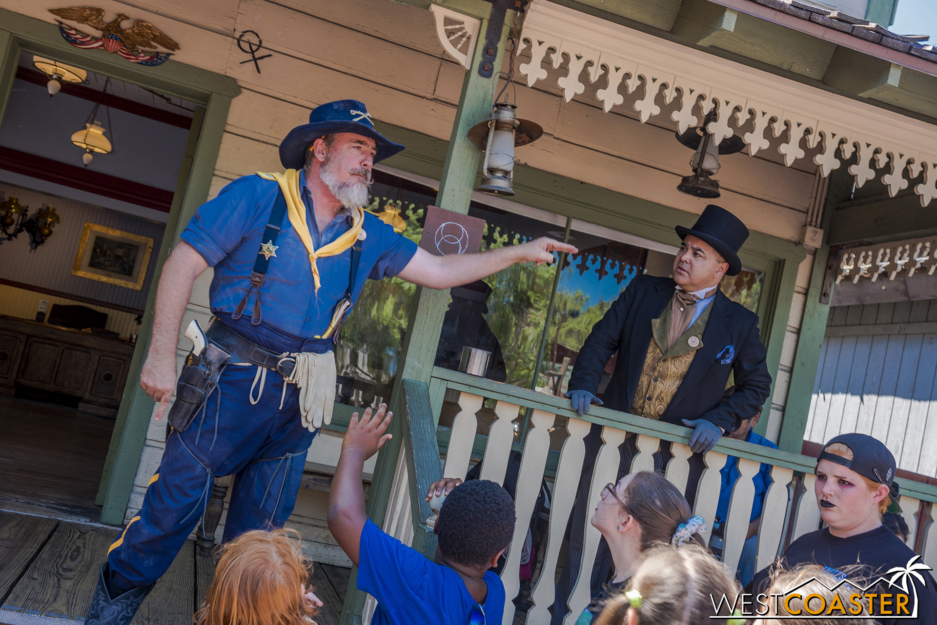 Col. Hudson admonishes the townsfolk and expresses his new worry that everyone seems to be so half-brained that they'll be picked off by the next serious and qualified group of bad-doers who walk through, such as the Mad Bucks Gang!