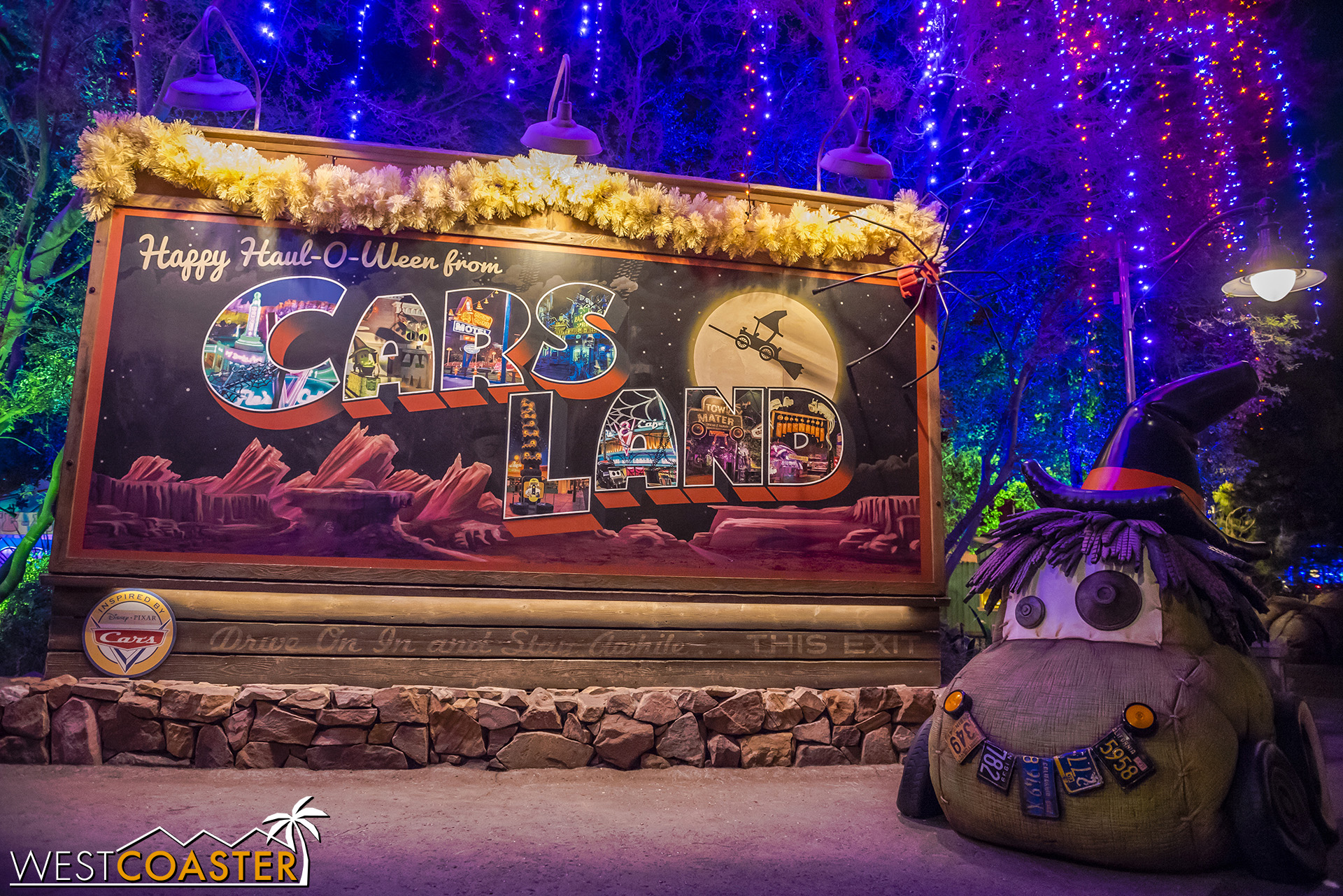 Welcome to Haul-O-Ween in Cars Land!