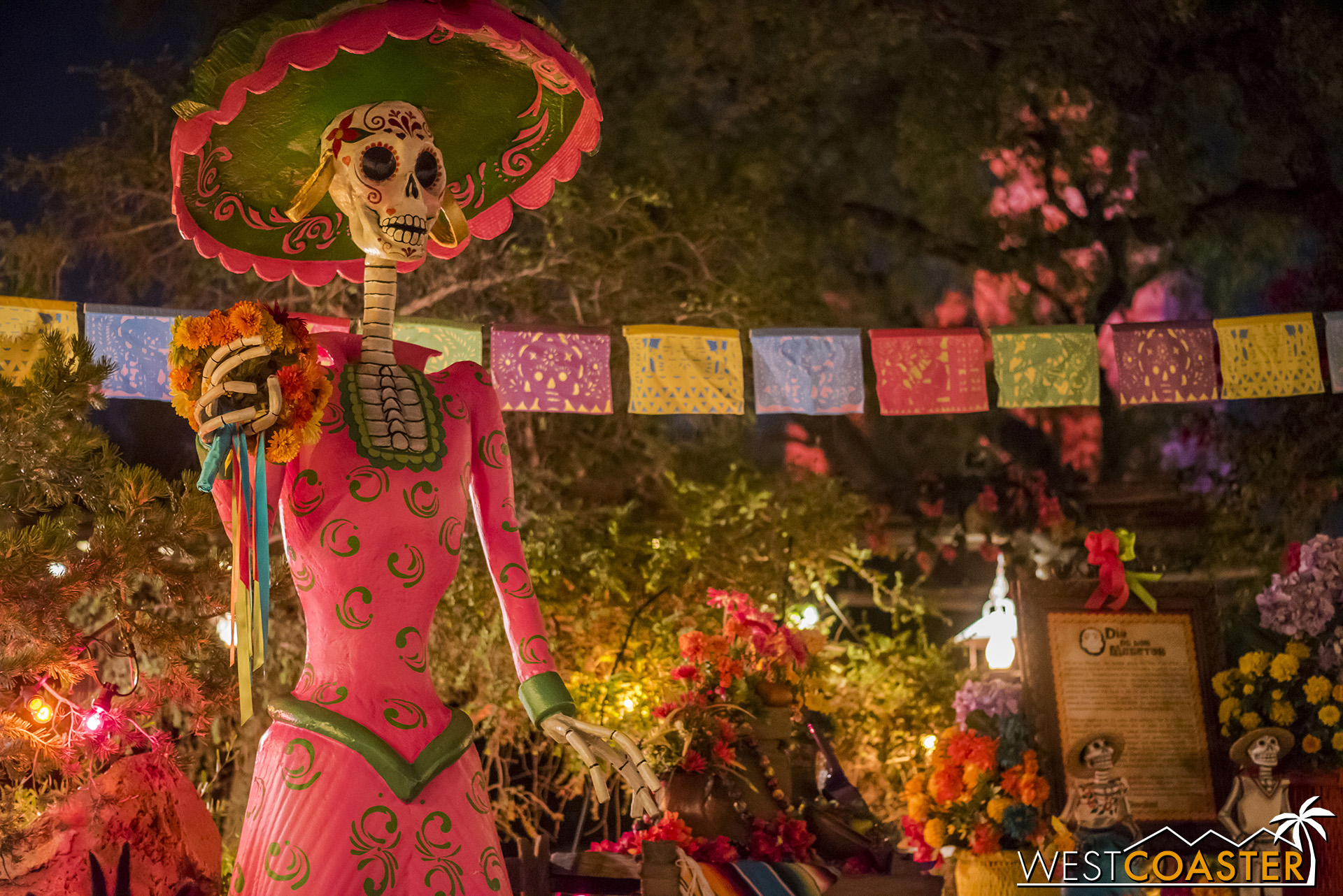 The Día de los Muertos set is back in Zocalo Park.