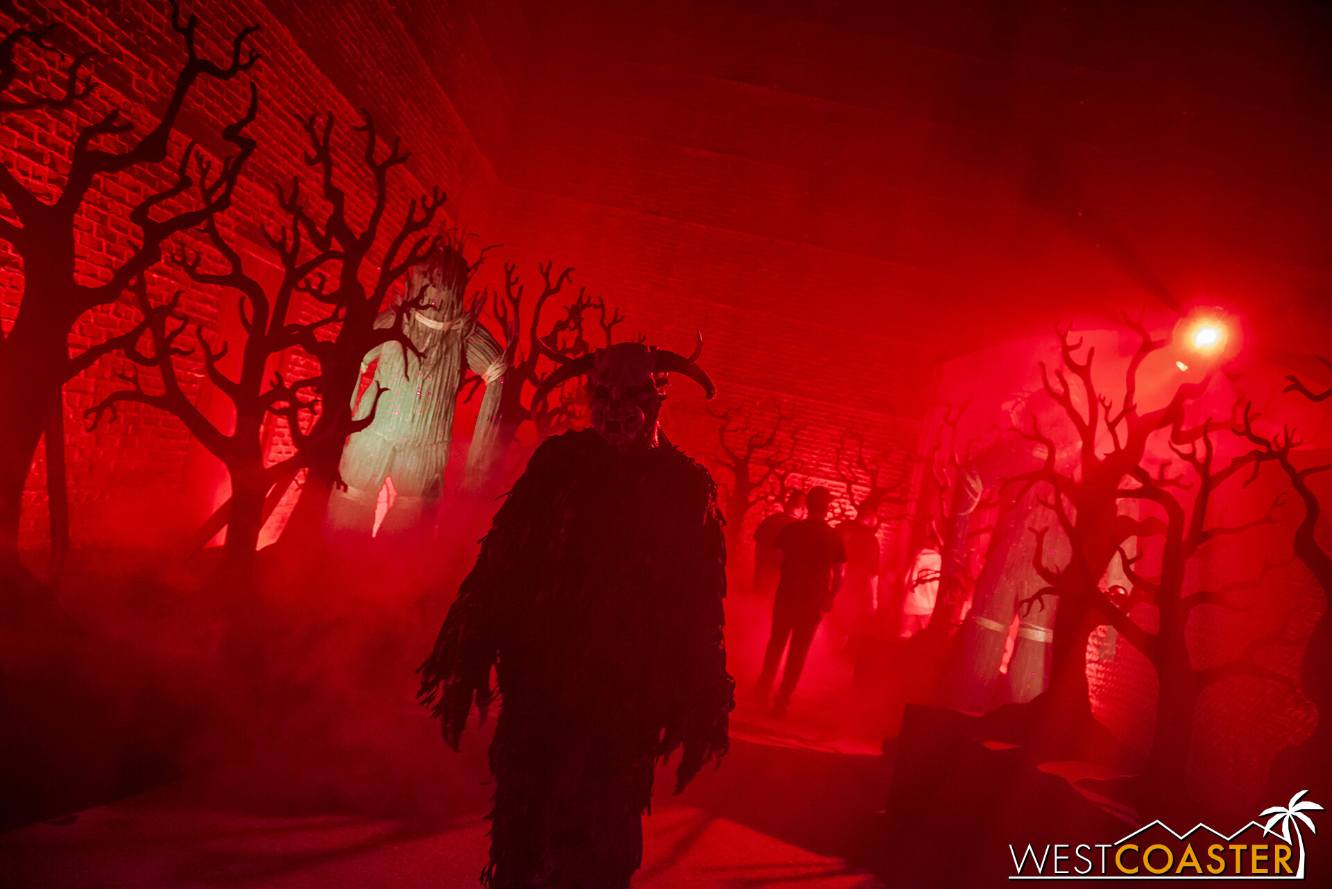 Some moody red lighting here, near the end of the All Hallow's Evil maze.  I mean scare zone.