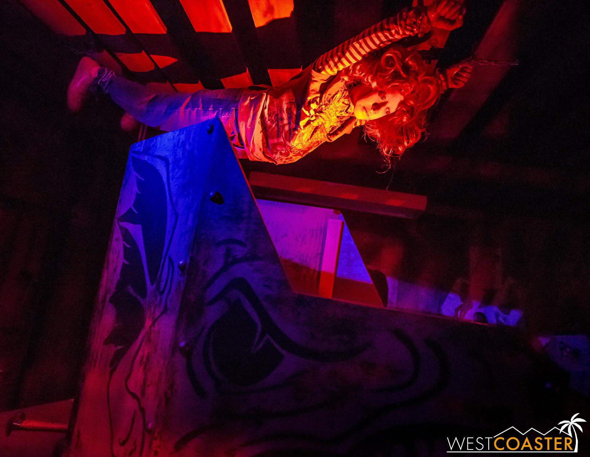 KSF-19_0927-07-DarkRide-0012.jpg