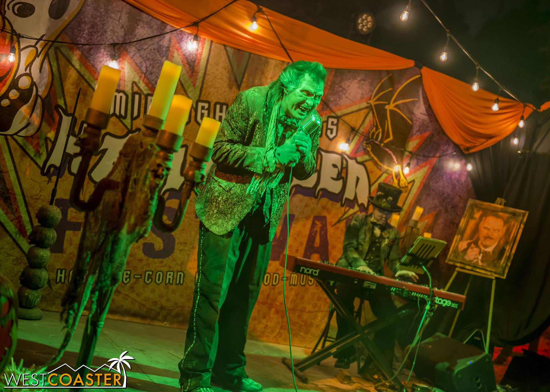 Live, dead-looking entertainment performs all night at the L.A. Haunted Hayride.