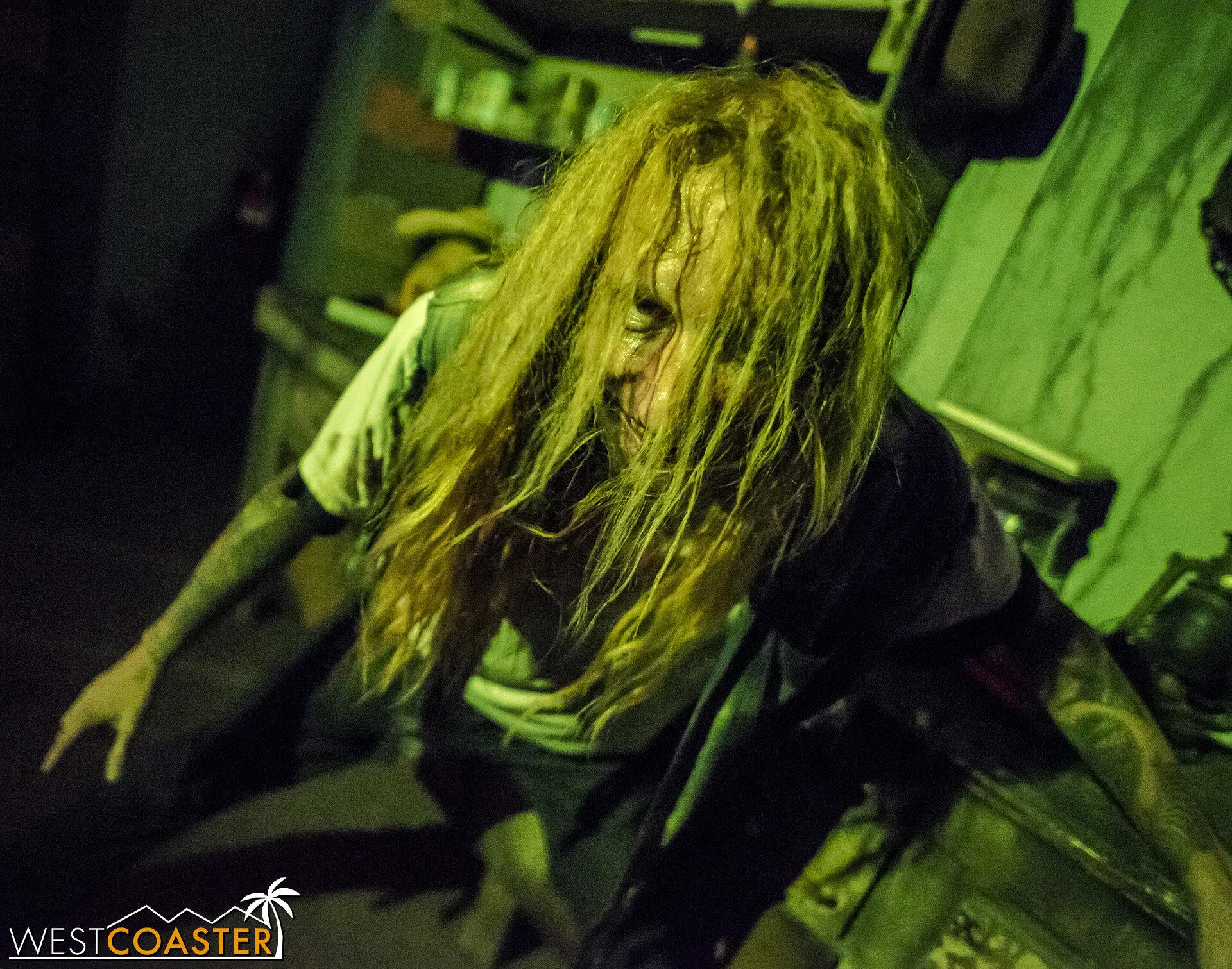 HauntedHotel-19_1010-D-KillbillyChaos-0002.jpg