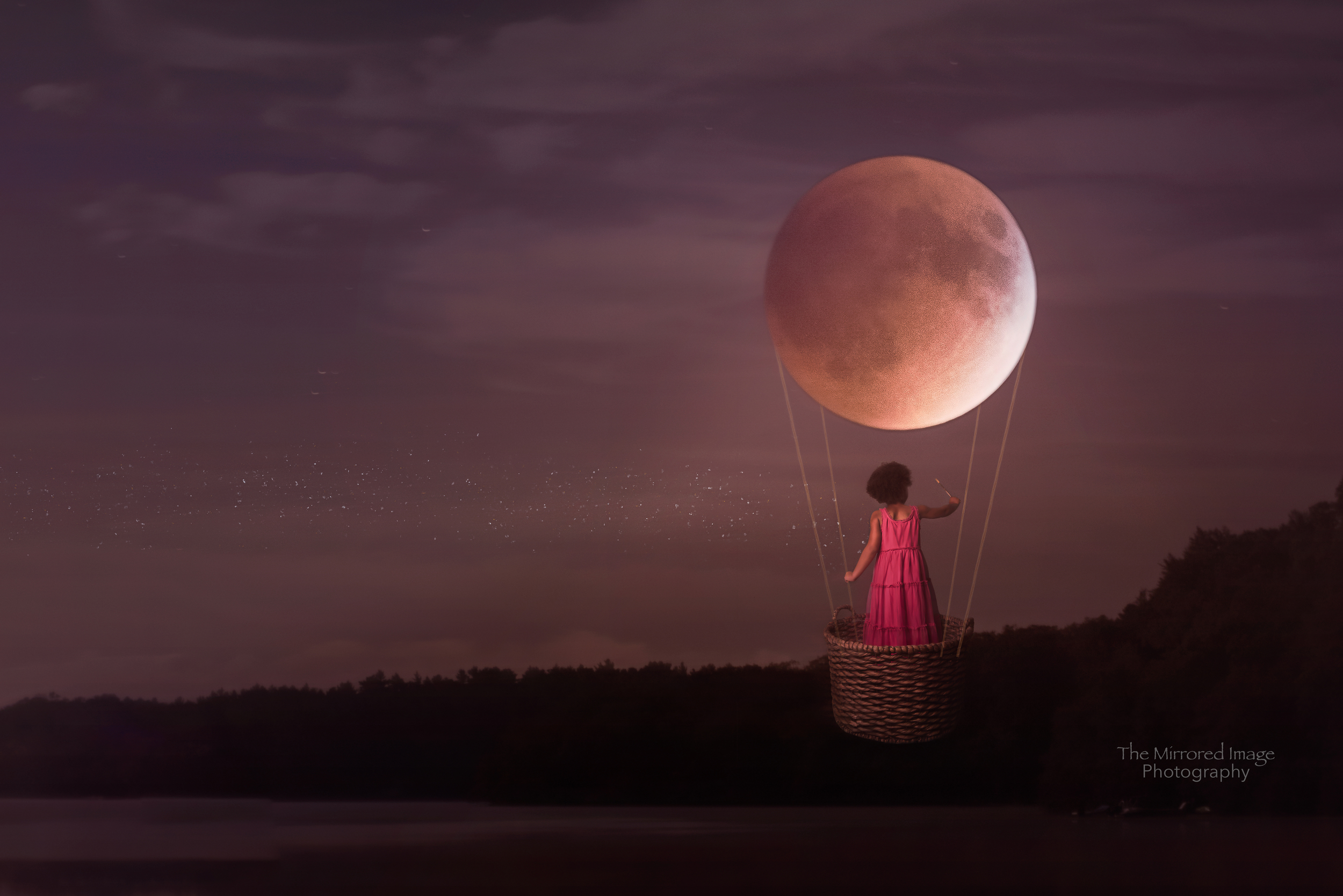 Fly me to the Moon: A child's dream photo shoot