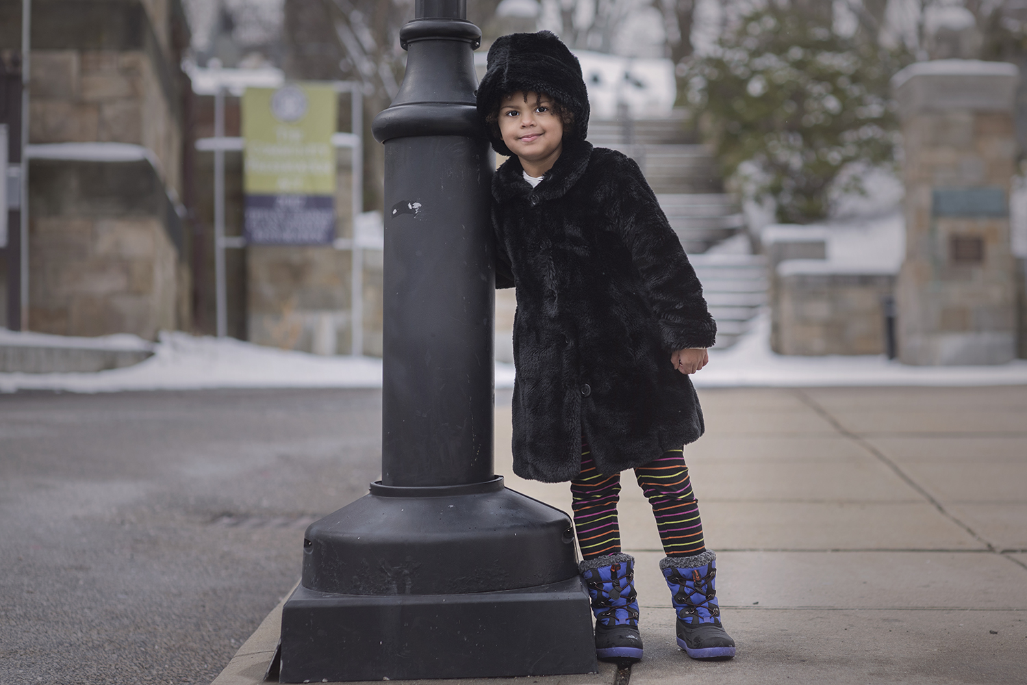zWinter Children's Street Photography!  Let it snow!