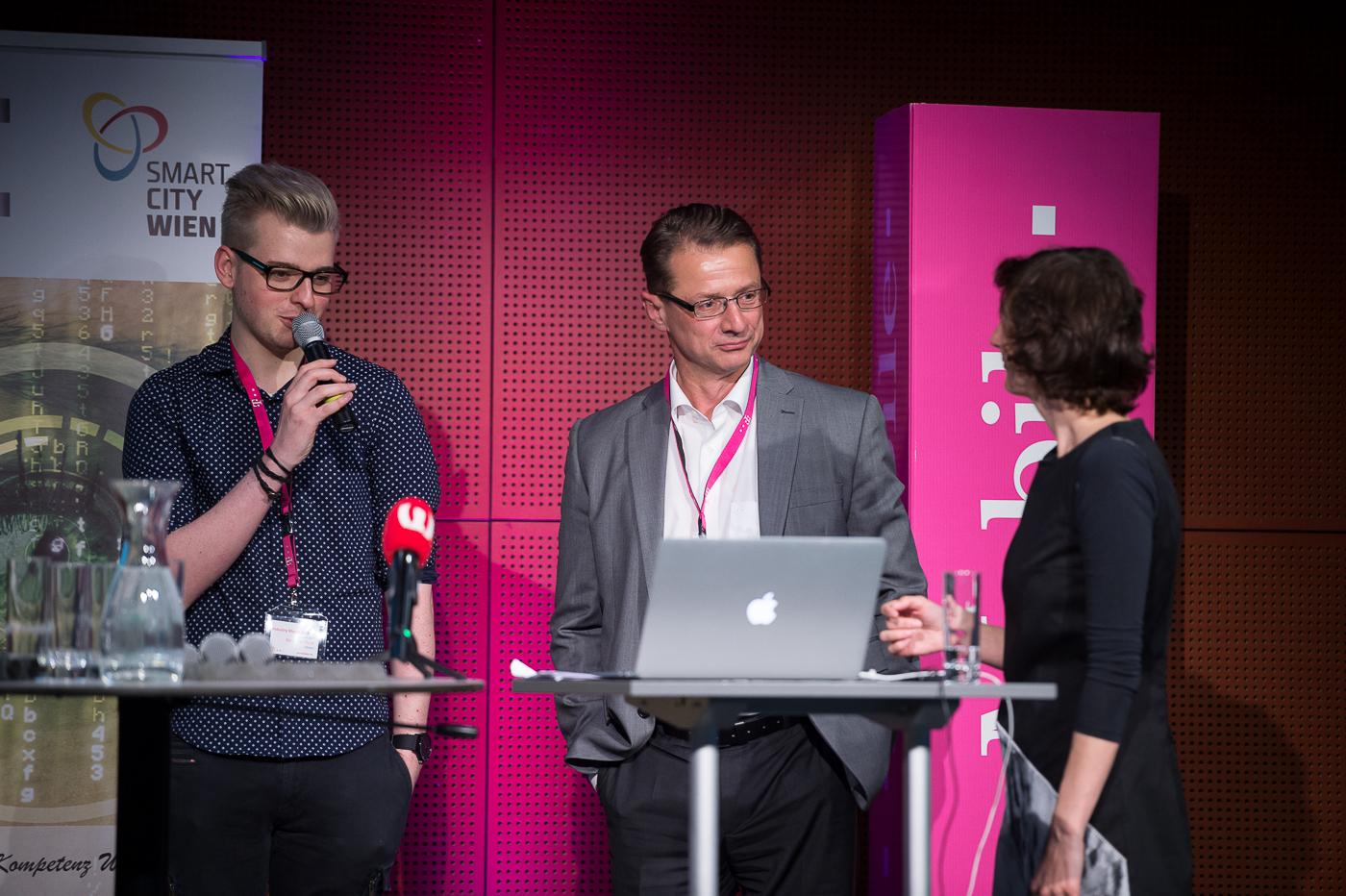 Benjamin Plank und Herbert Kommer (Infineon Austria)