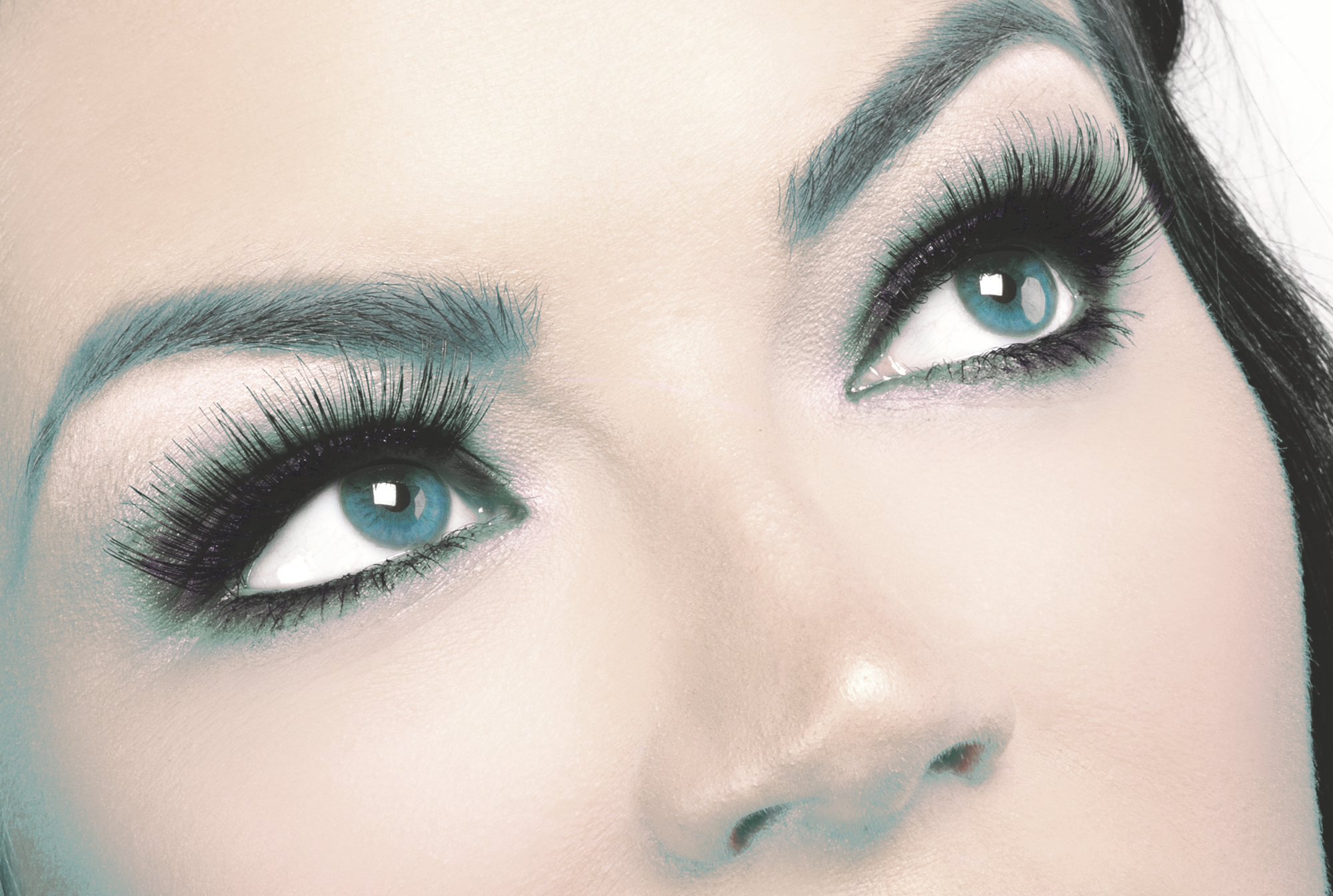BROW SERVICES<a href=brow-services-mobile>→</a>