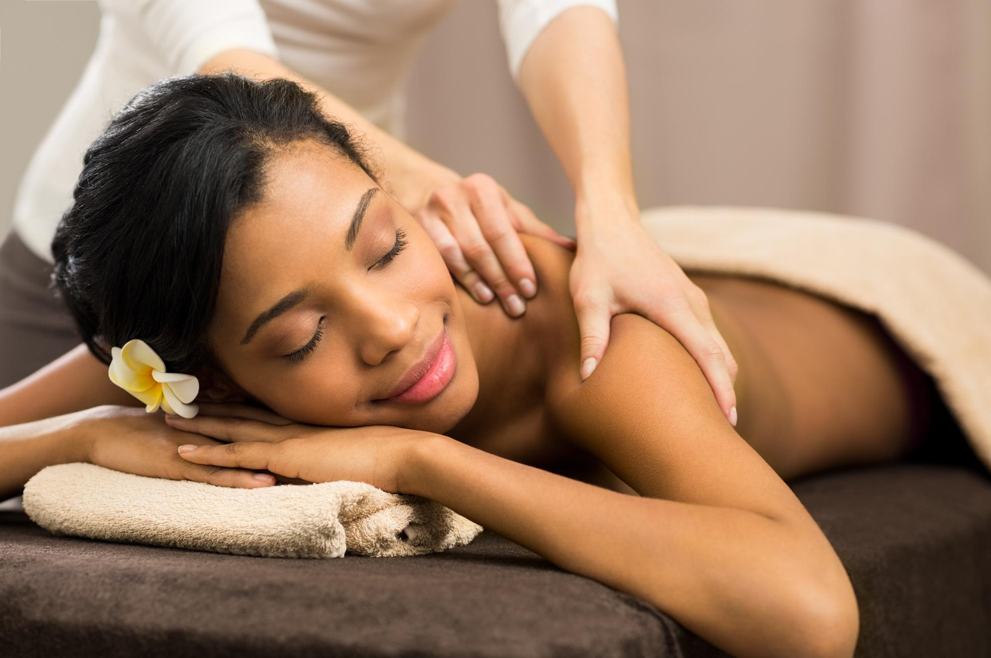 MASSAGE<a href=massage-mobile>→</a>