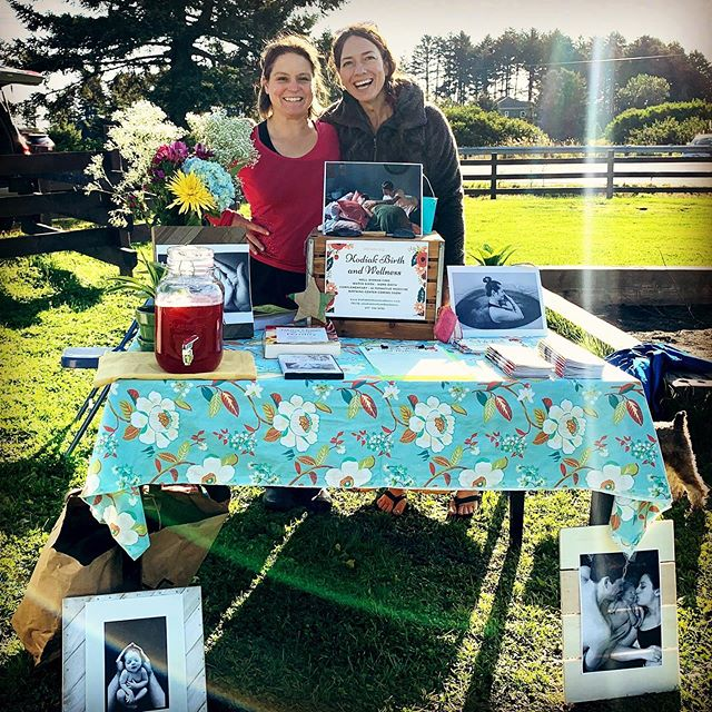 Happy days! We are starting a new practice in Kodiak! Introducing @kodiakbirthandwellness offering comprehensive midwifery & well woman care. We now have three (3!) dedicated providers to serve the women of Kodiak Island. And......a birth center coming soon! 🏡💦🌟 This is us at the @kodiakbaptistmission Farmer's Market. Watch for us at all the markets and fairs! We look forward to meeting you!