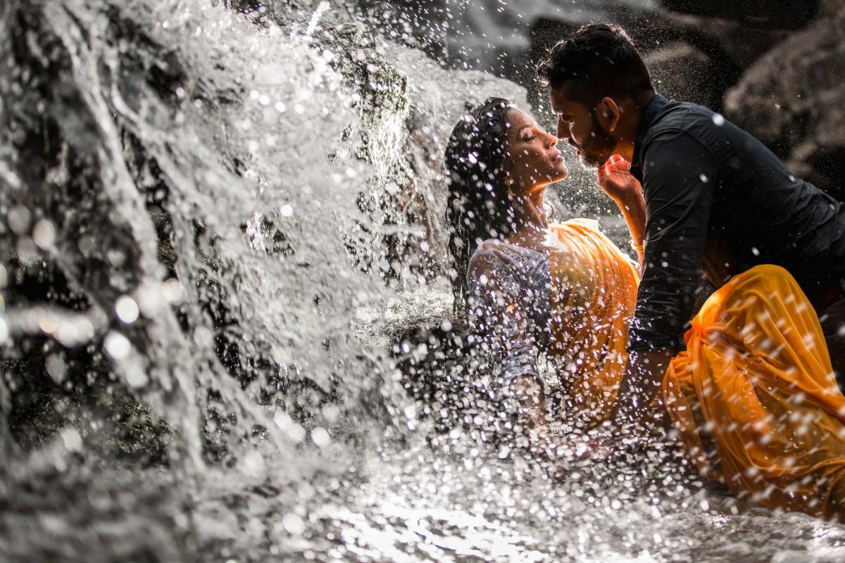 Thnuza & Sharmilan - Engagement Shoot-420.jpg