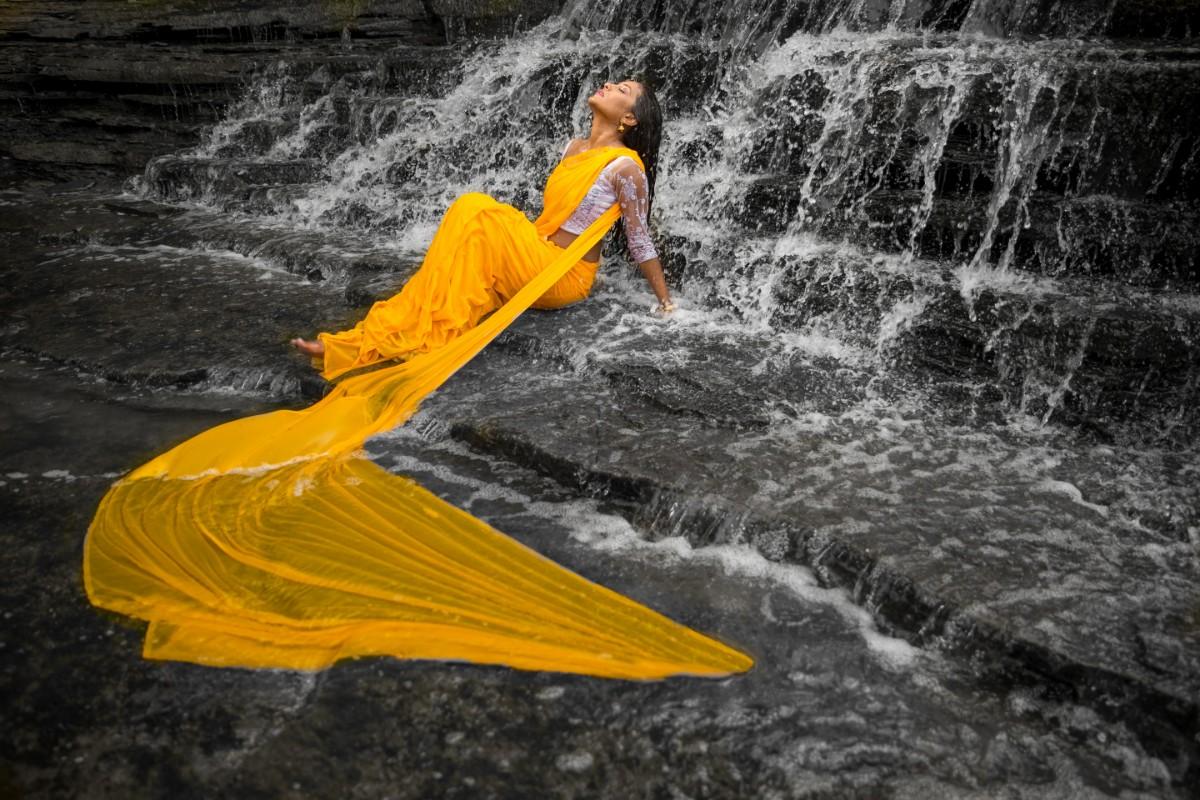 Thnuza & Sharmilan - Engagement Shoot-422.jpg